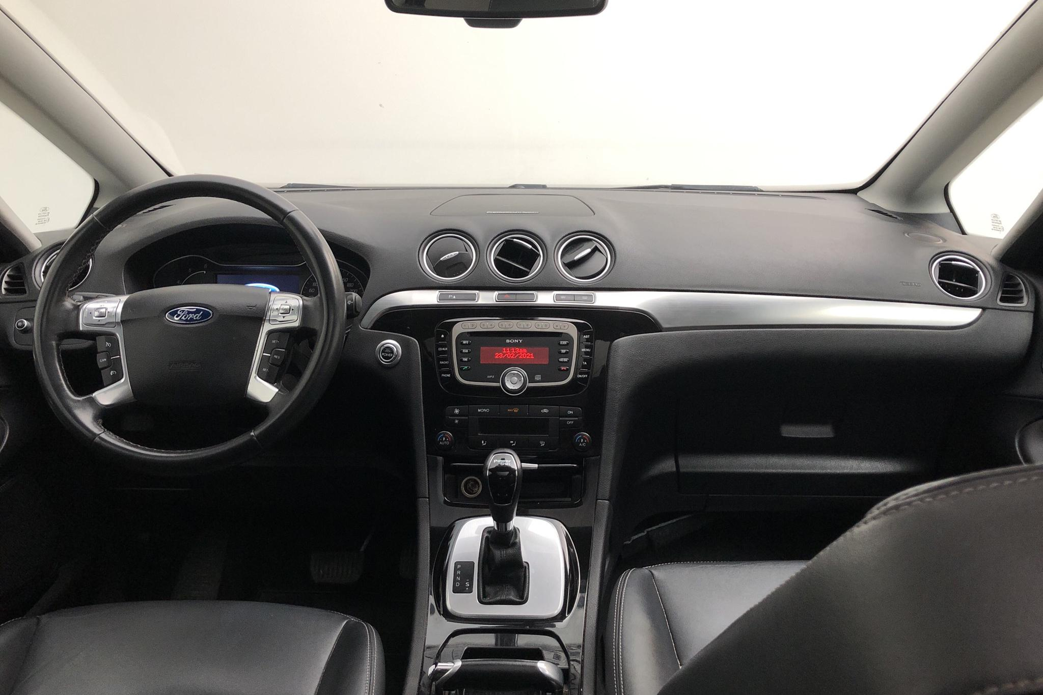 Ford S-MAX 2.0 Duratorq TDCi (140hk) - 19 301 mil - Automat - svart - 2012