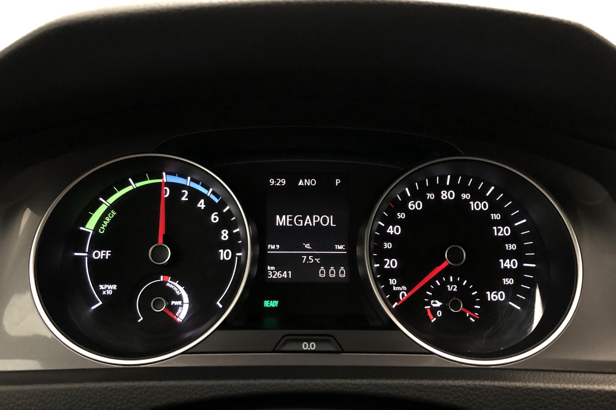 VW e-Golf VII 5dr (115hk) - 3 264 mil - Automat - vit - 2016