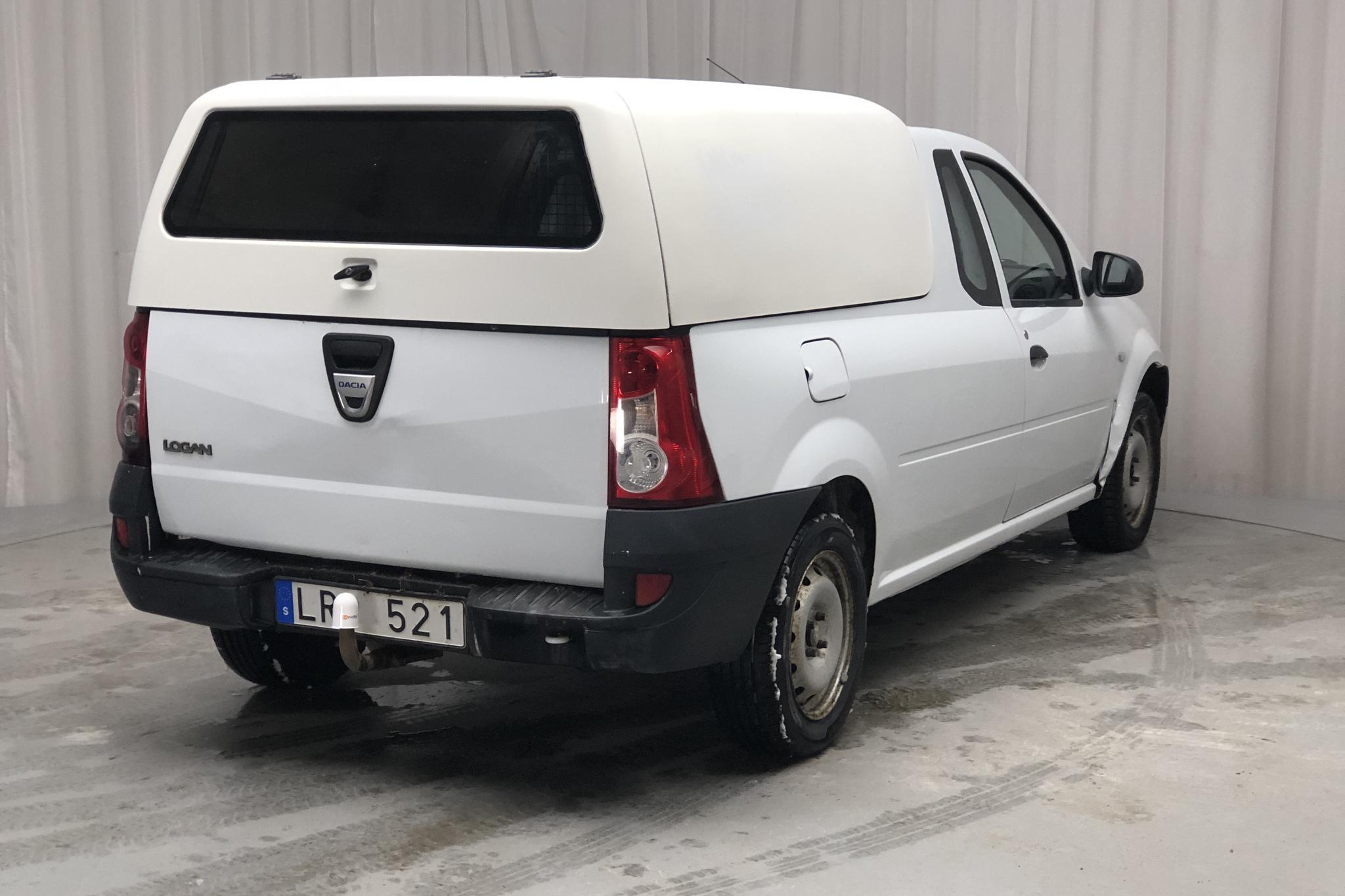Dacia Logan 1.6 Pickup (85hk) - 17 346 mil - Manuell - vit - 2011