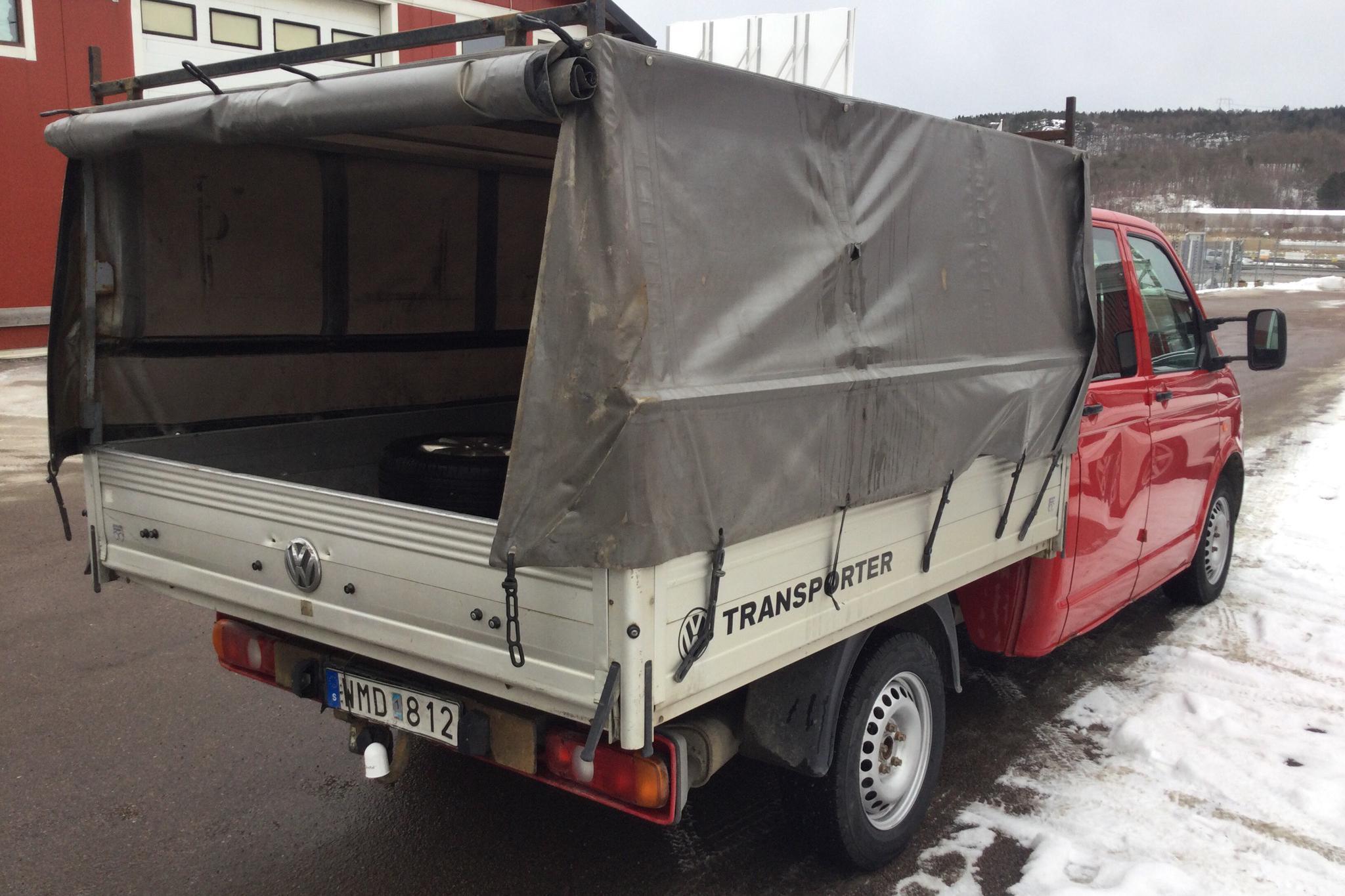 VW Transporter T5 2.5 TDI Pickup (174hk) - 33 603 mil - Manuell - 2008