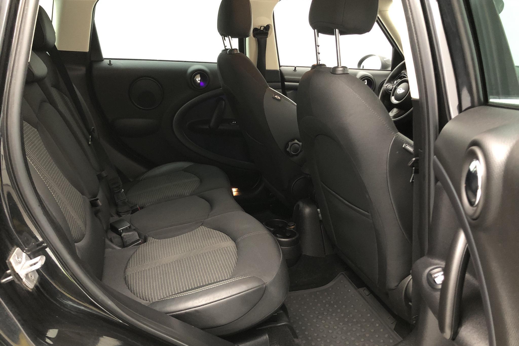 MINI Cooper SD ALL4 Countryman (143hk) - 77 560 km - Automatic - black - 2016