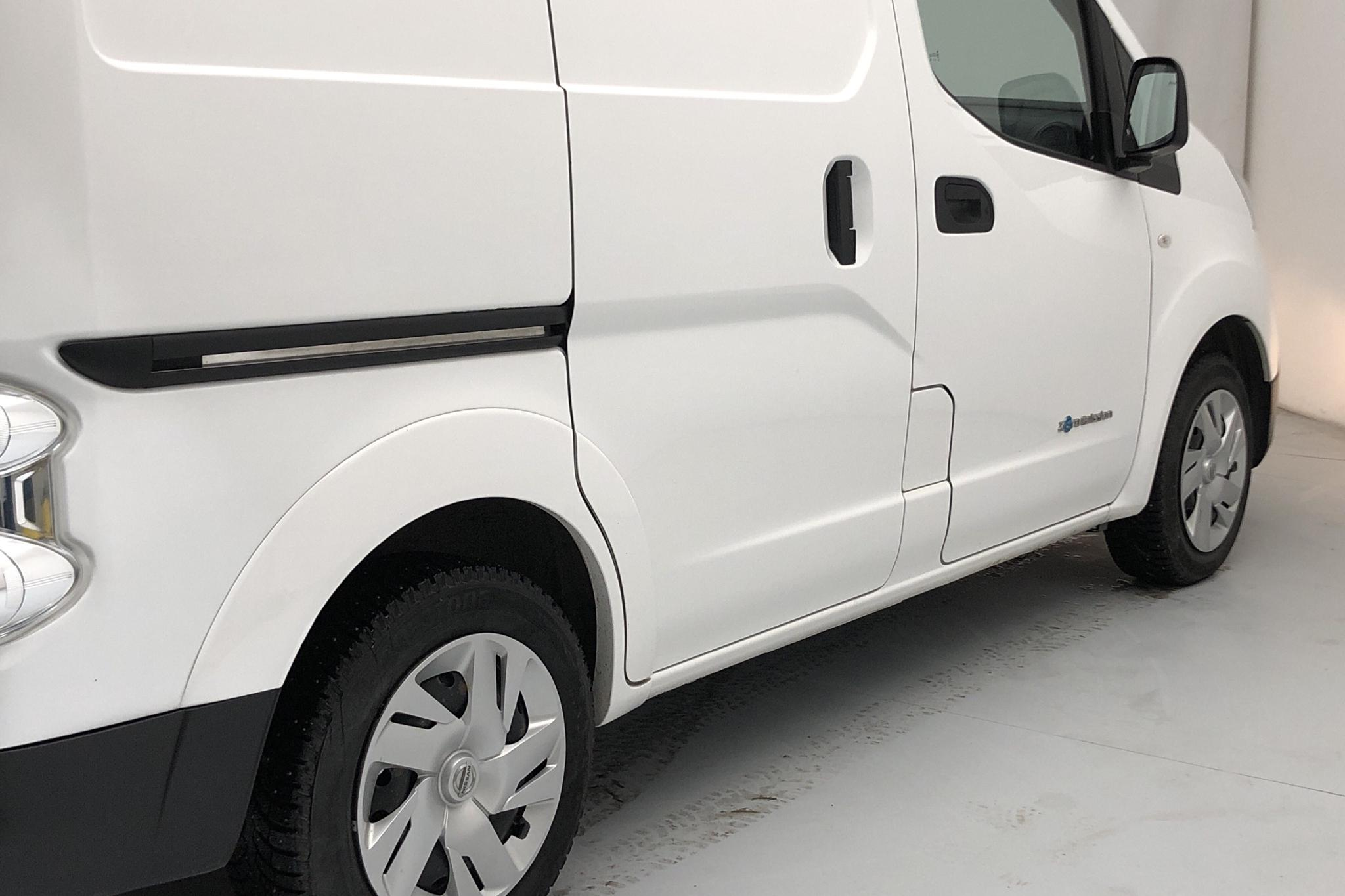 Nissan e-NV200 24,0 kWh (109hk) - 2 020 mil - Automat - vit - 2015