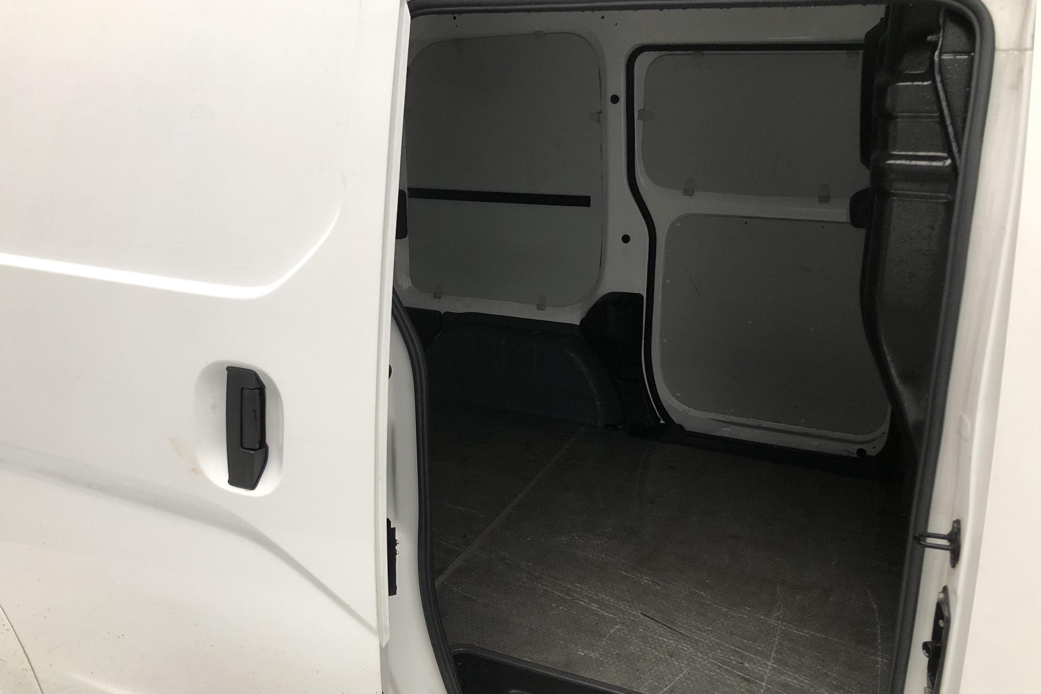 Nissan e-NV200 24,0 kWh (109hk) - 23 680 km - Automatic - white - 2015