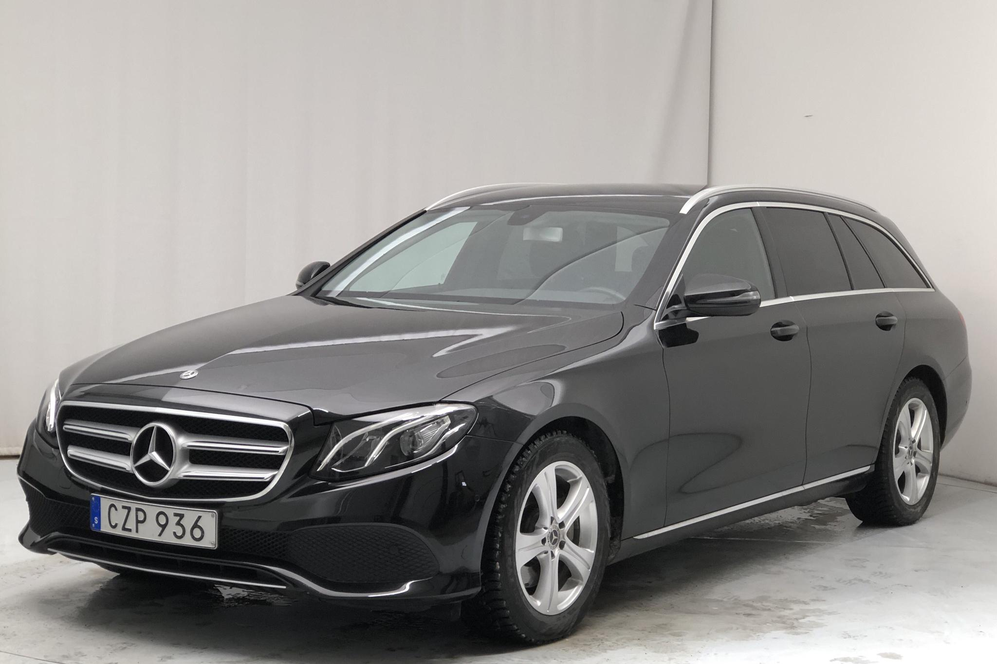 Mercedes E 220 d 4MATIC Kombi S213 (194hk) - 138 660 km - Automatic - black - 2017