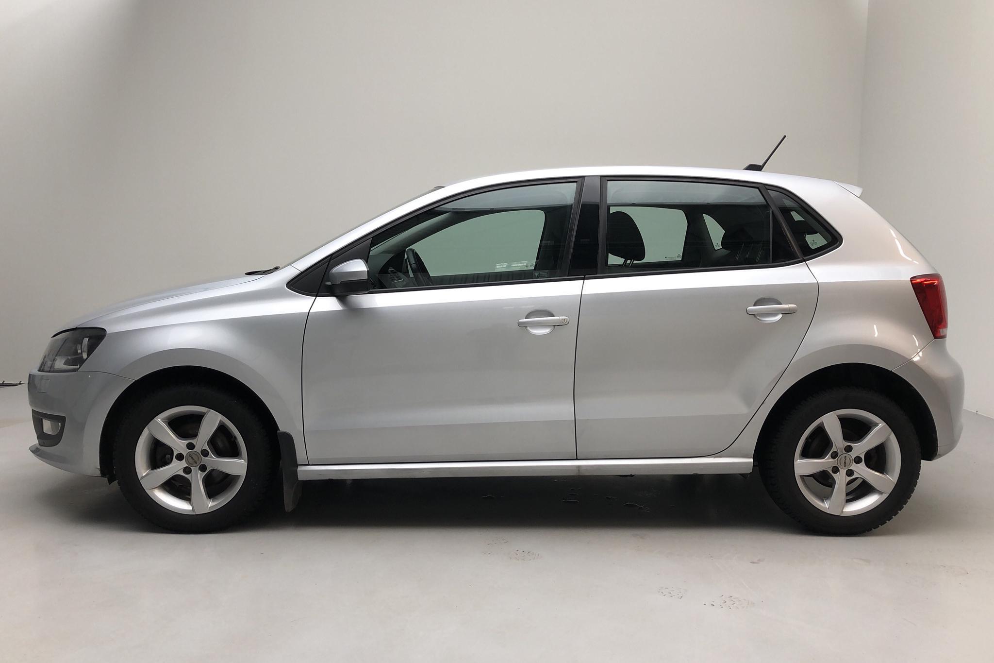 VW Polo 1.2 TSI 5dr (90hk) - 180 290 km - Manual - silver - 2013