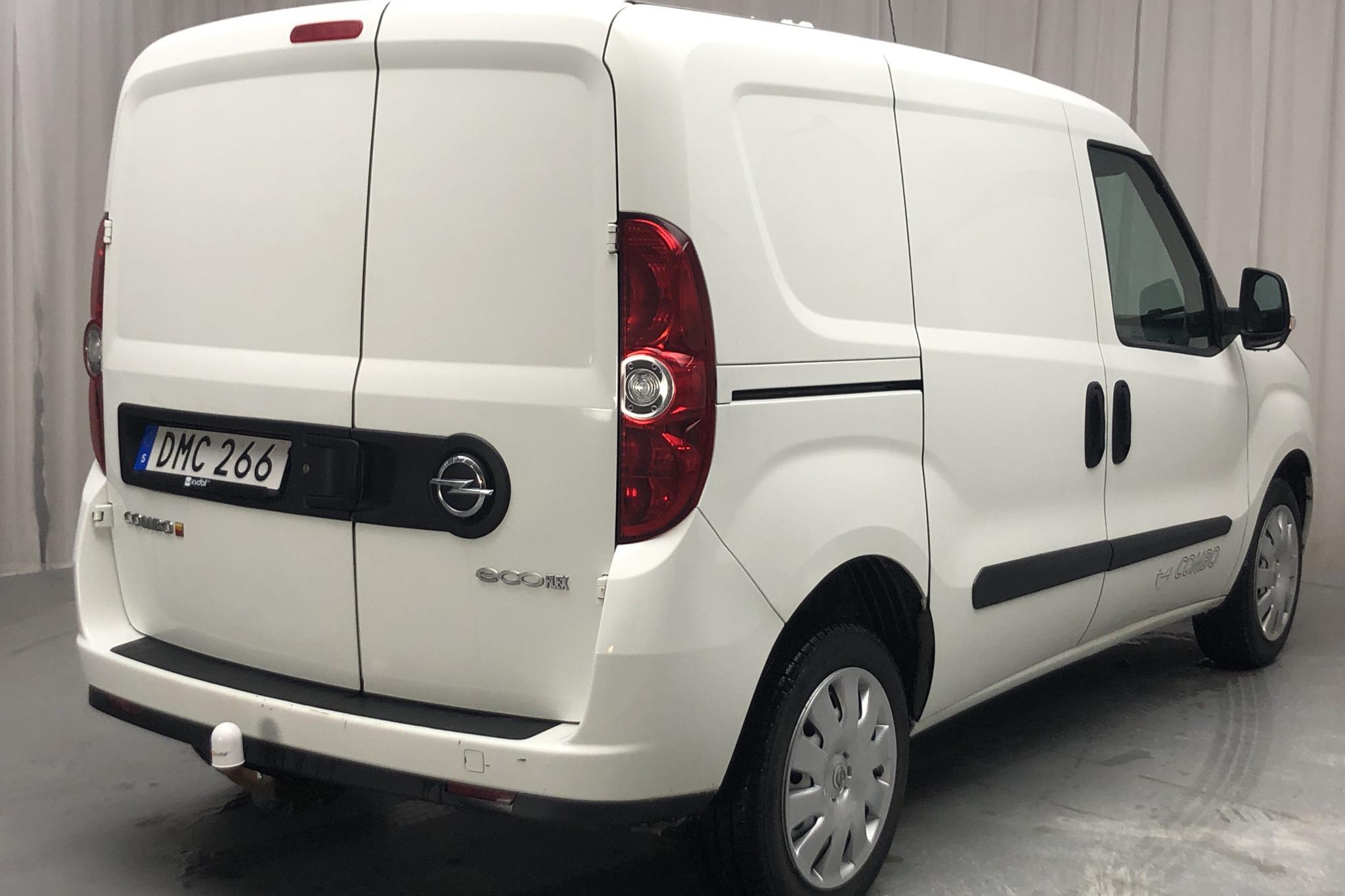 Opel Combo 1.3 CDTI Skåp (90hk) - 7 121 mil - Manuell - vit - 2015