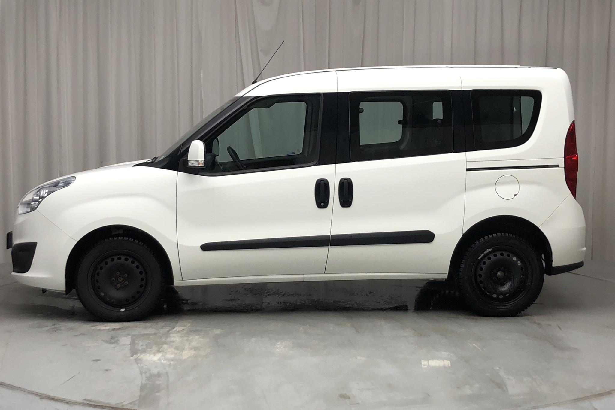 Opel Combo 1.3 CDTI Skåp (90hk) - 2 455 mil - Manuell - vit - 2016