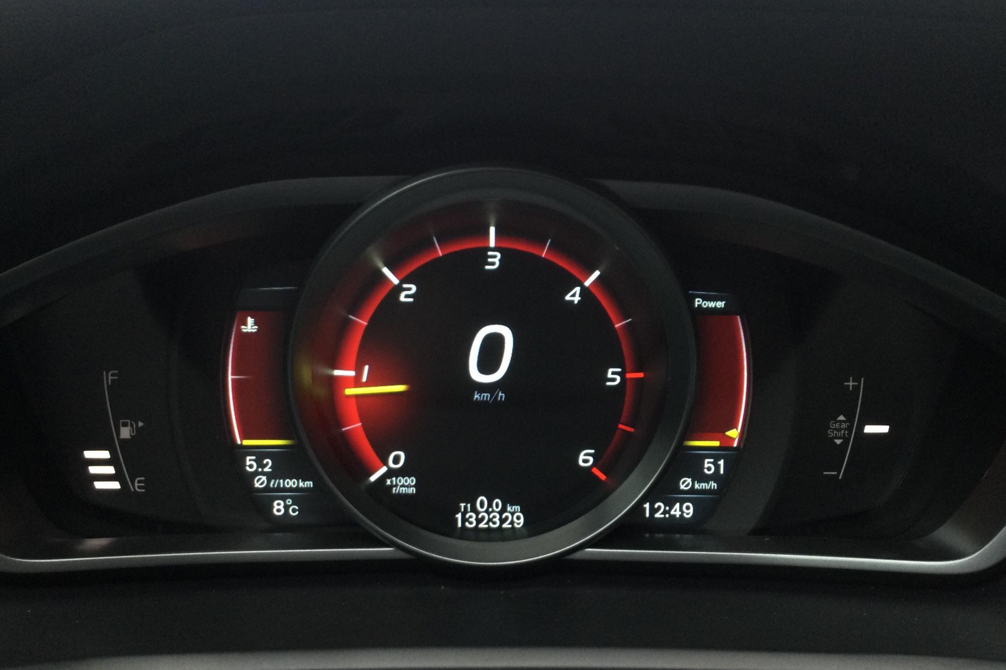 Volvo V40 D4 (190hk) - 132 320 km - Manual - silver - 2015