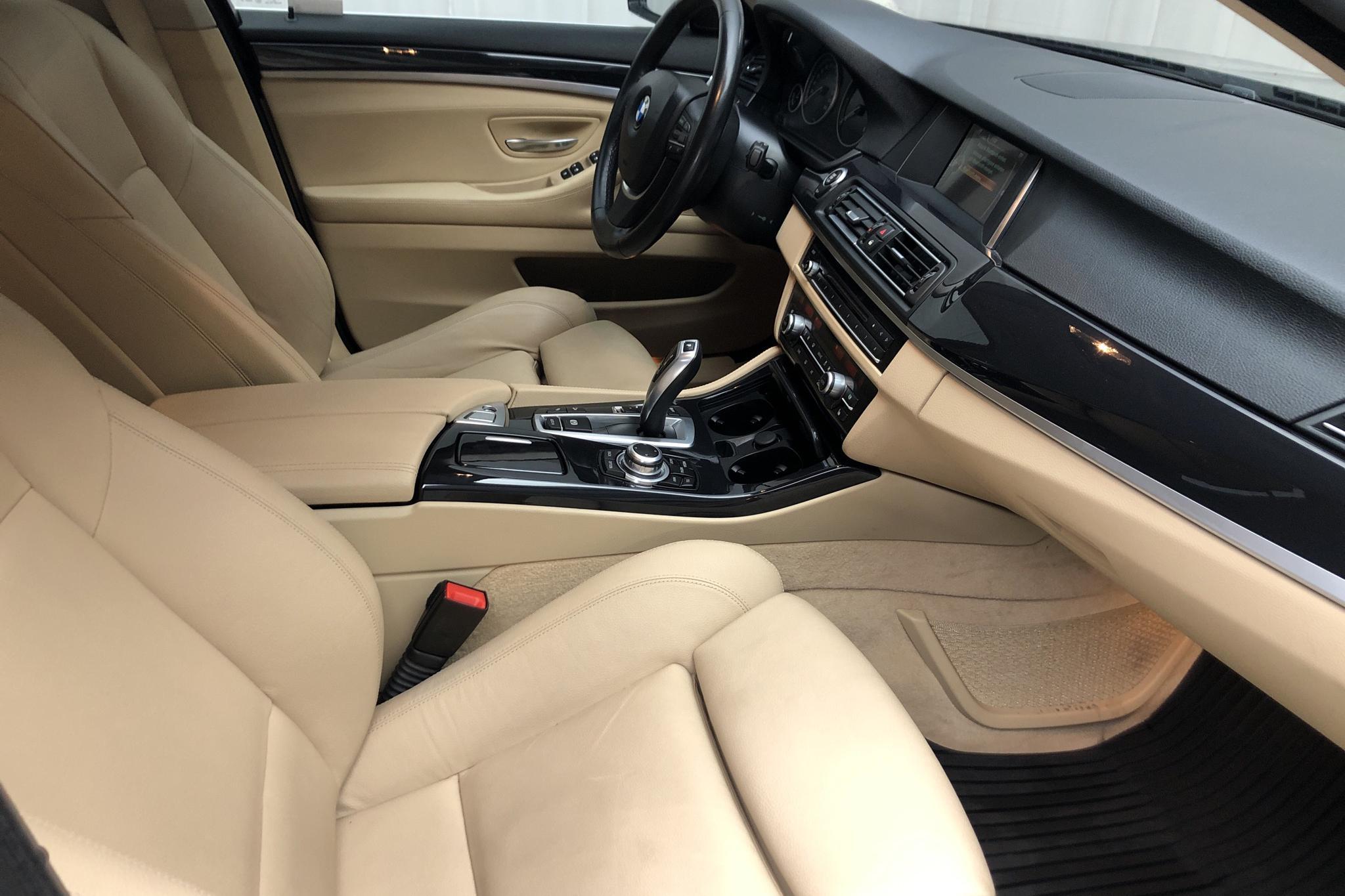 BMW 520d xDrive Touring, F11 (190hk) - 105 120 km - Automatic - black - 2017