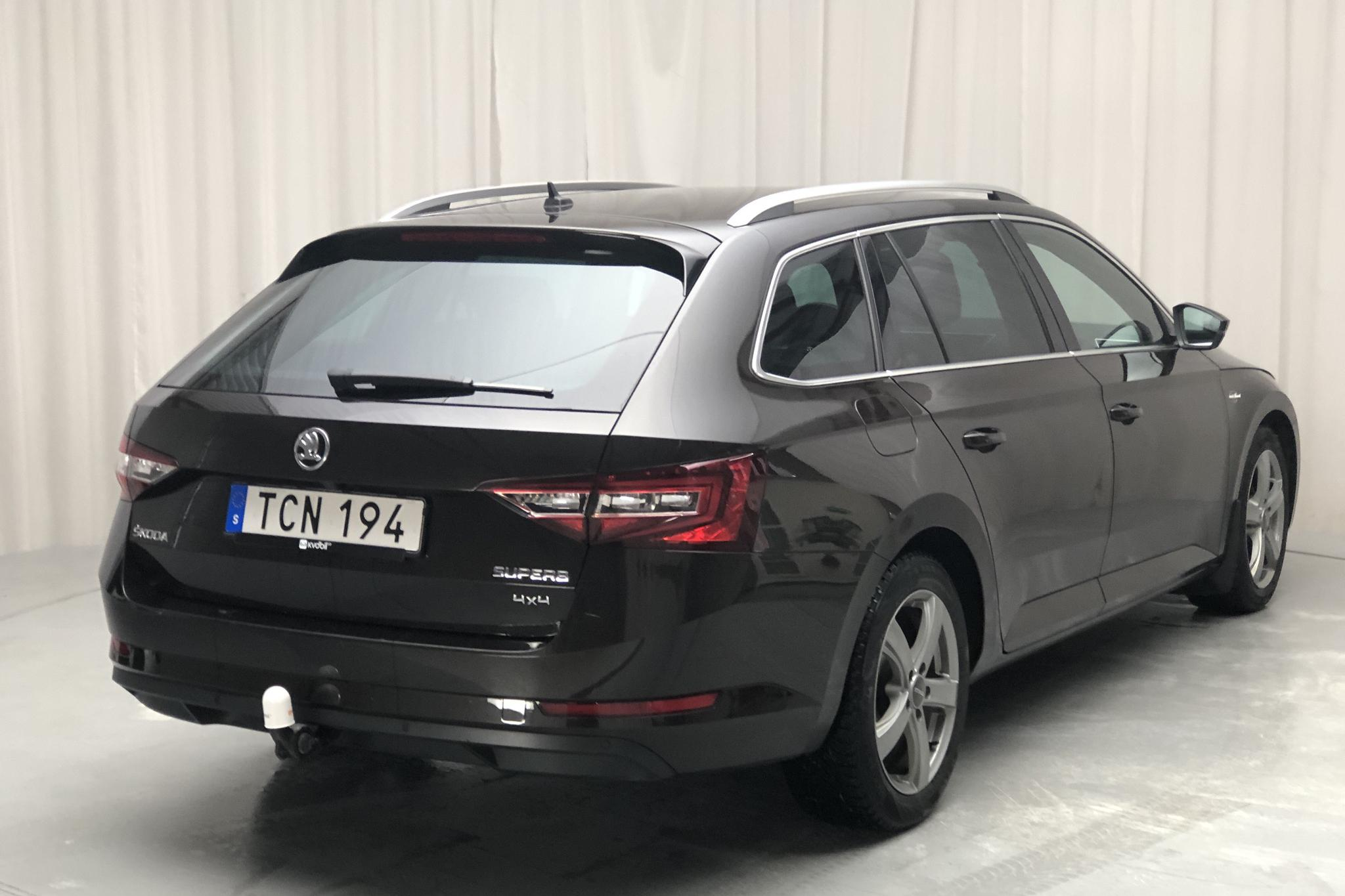 Skoda Superb 2.0 TDI 4x4 Kombi (190hk) - 70 100 km - Automatic - brown - 2018