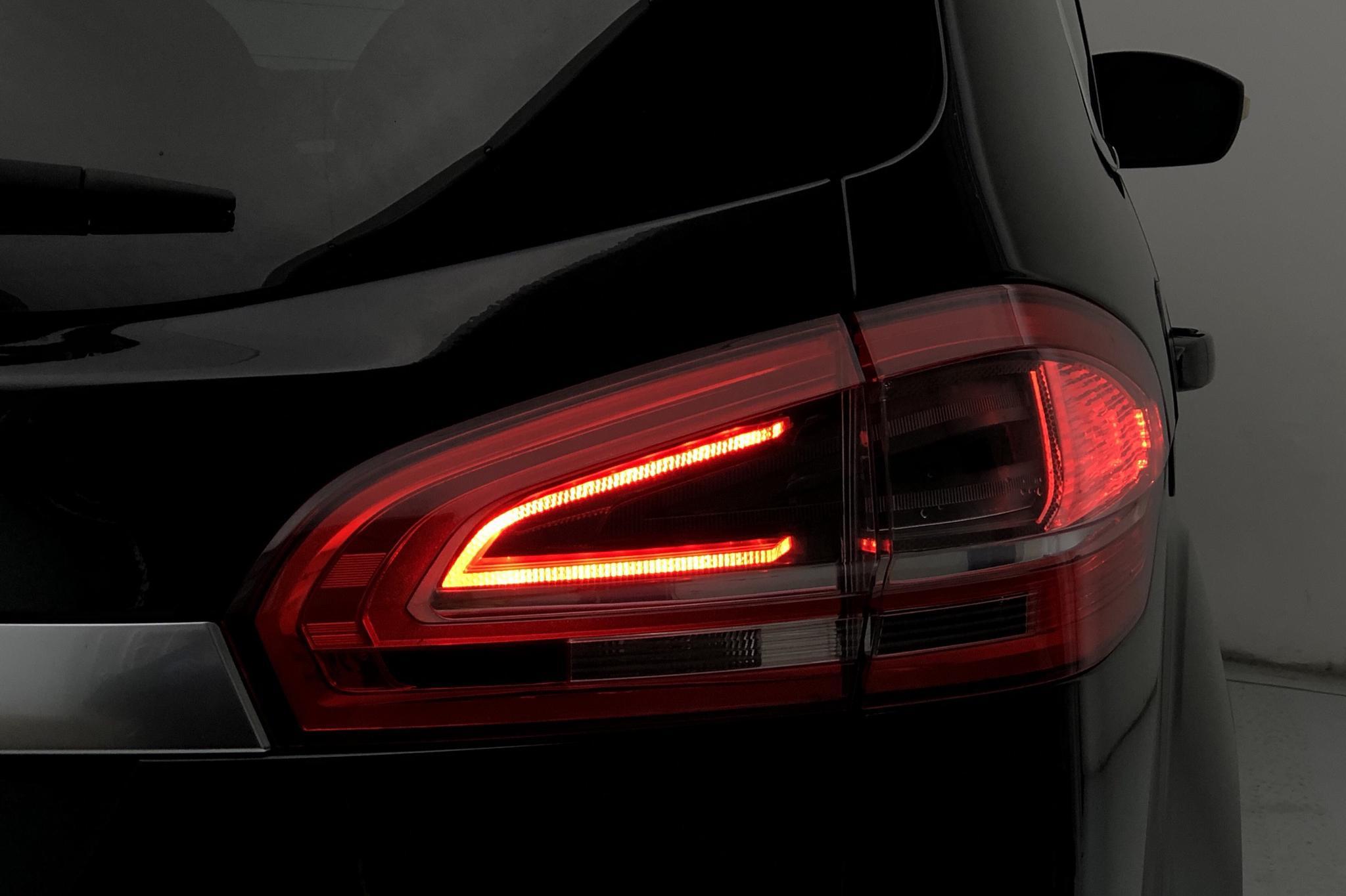 Ford S-MAX 2.0 Flexifuel (145hk) - 11 161 mil - Manuell - svart - 2012