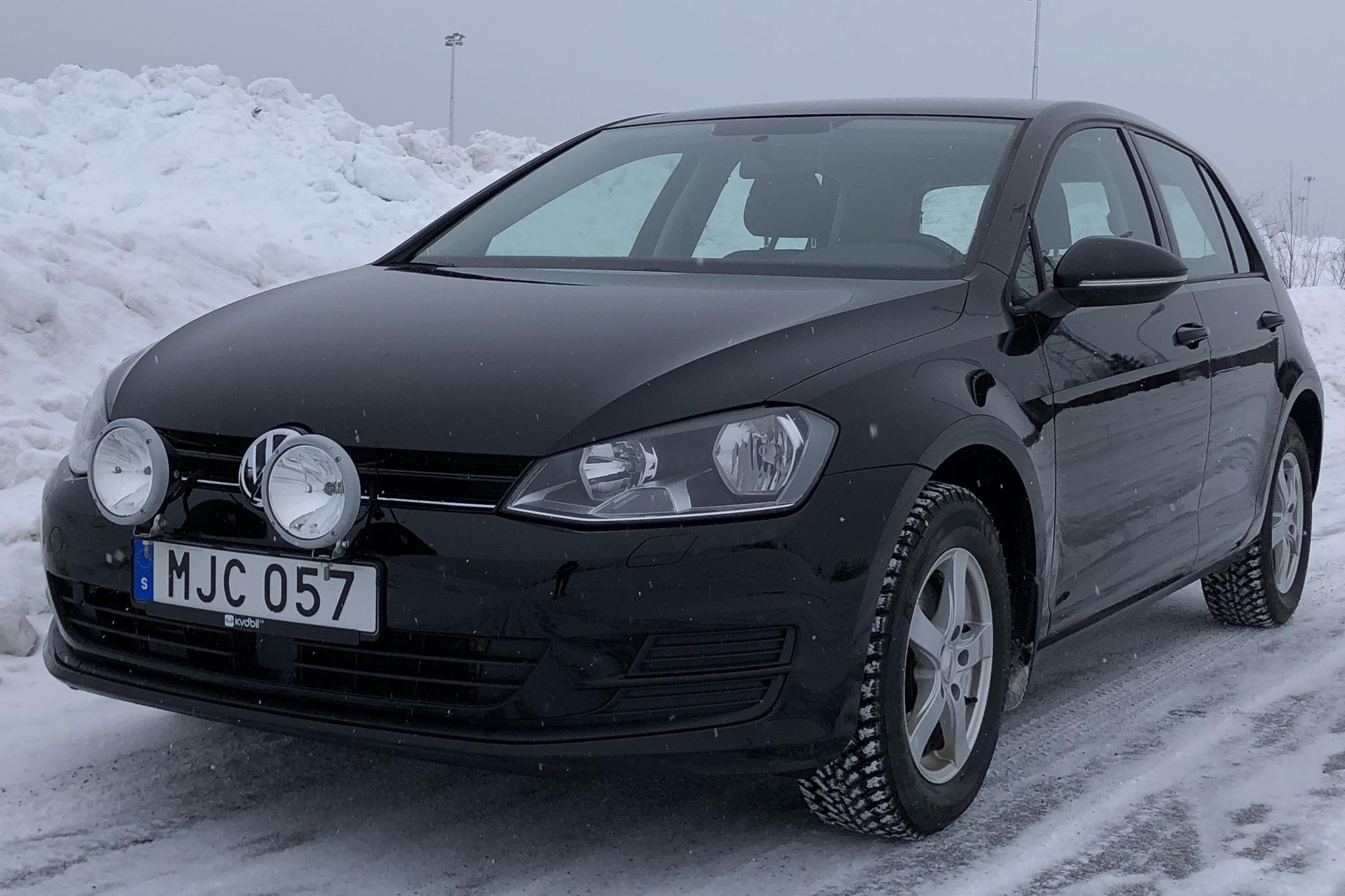 VW Golf VII 1.6 TDI BlueMotion Technology 5dr 4Motion (105hk) - 9 191 mil - Manuell - svart - 2014