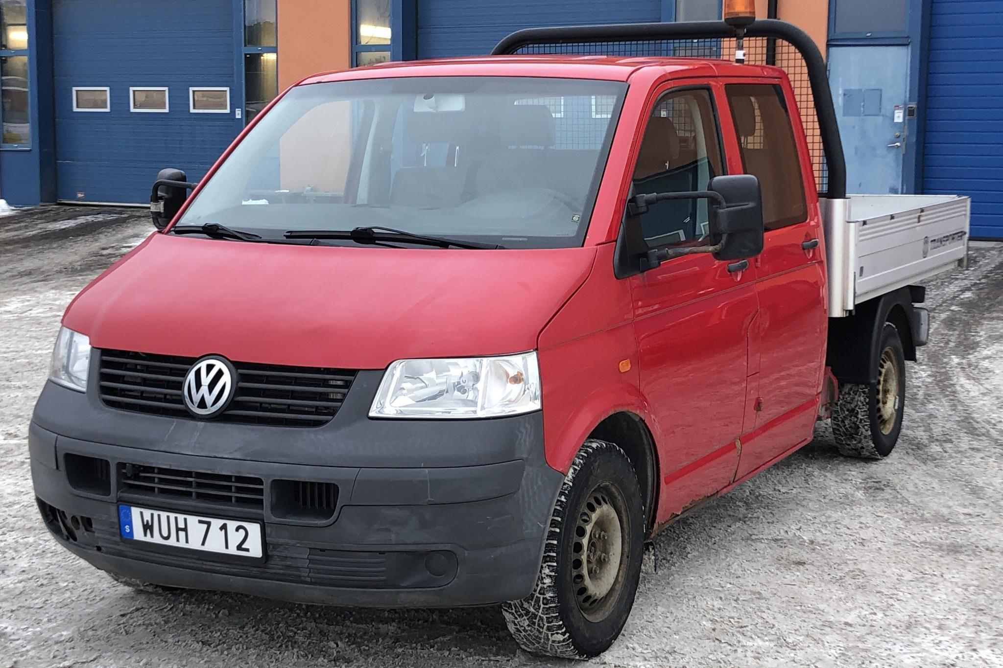VW Transporter T5 2.5 TDI Pickup (130hk) - 150 990 km - Automatic - 2005