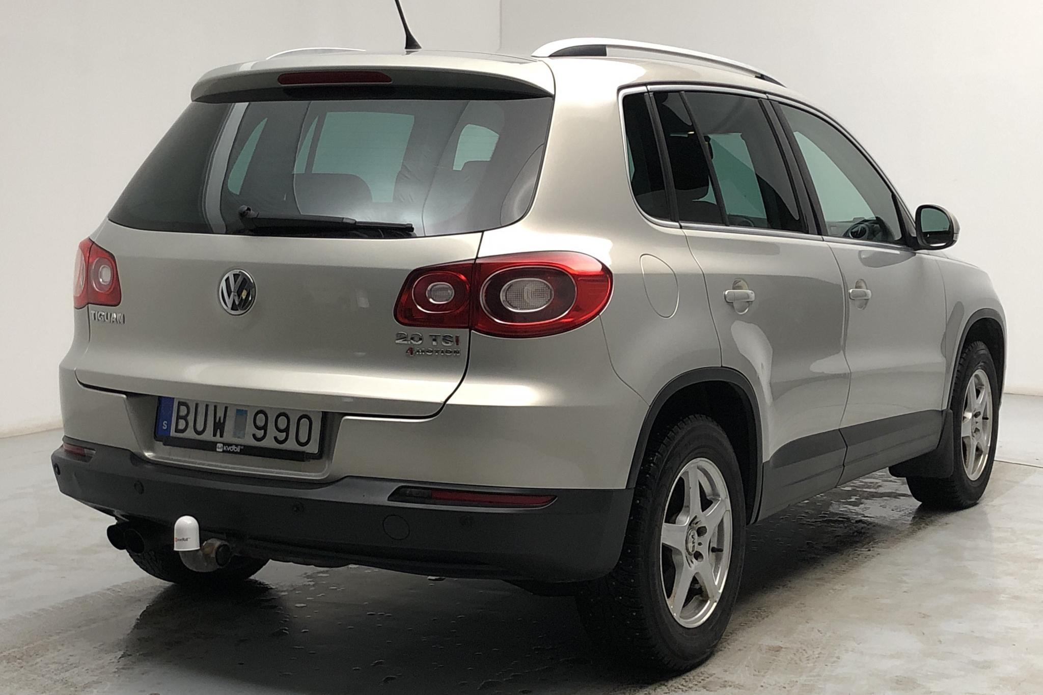 VW Tiguan 2.0 TFSI (170hk) - 19 181 mil - Automat - silver - 2009