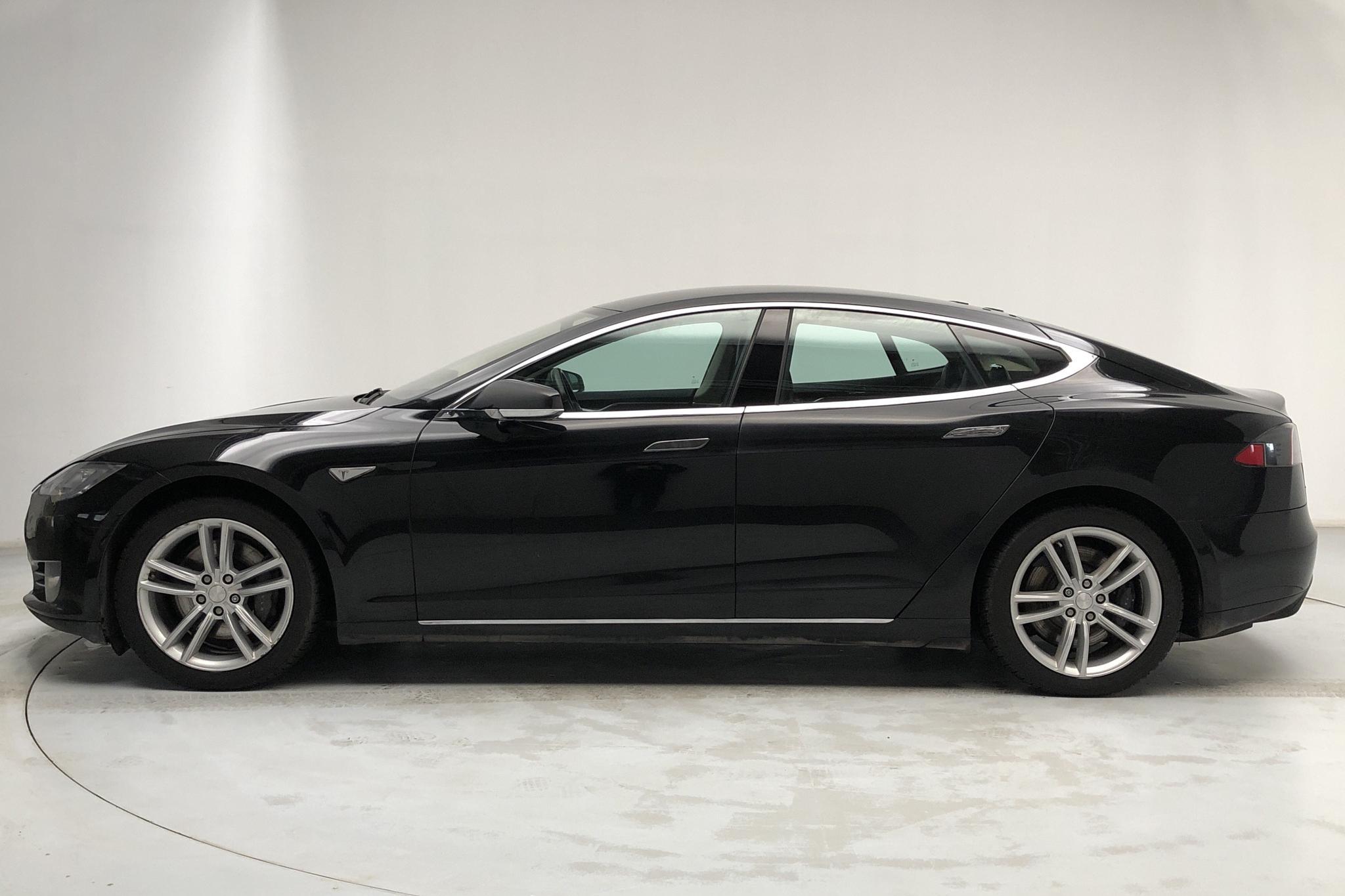Tesla Model S 85 (382hk) - 36 340 mil - Automat - svart - 2014