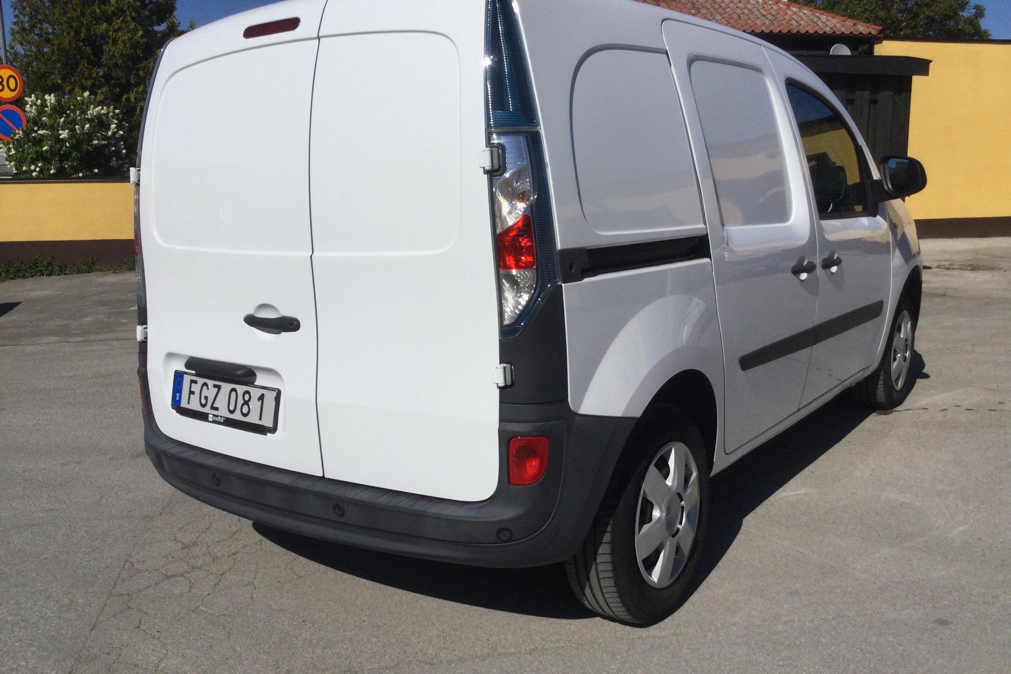 Renault Kangoo II Z.E. 22 kWh Skåp (60hk) - 12 580 km - Automatic - white - 2014