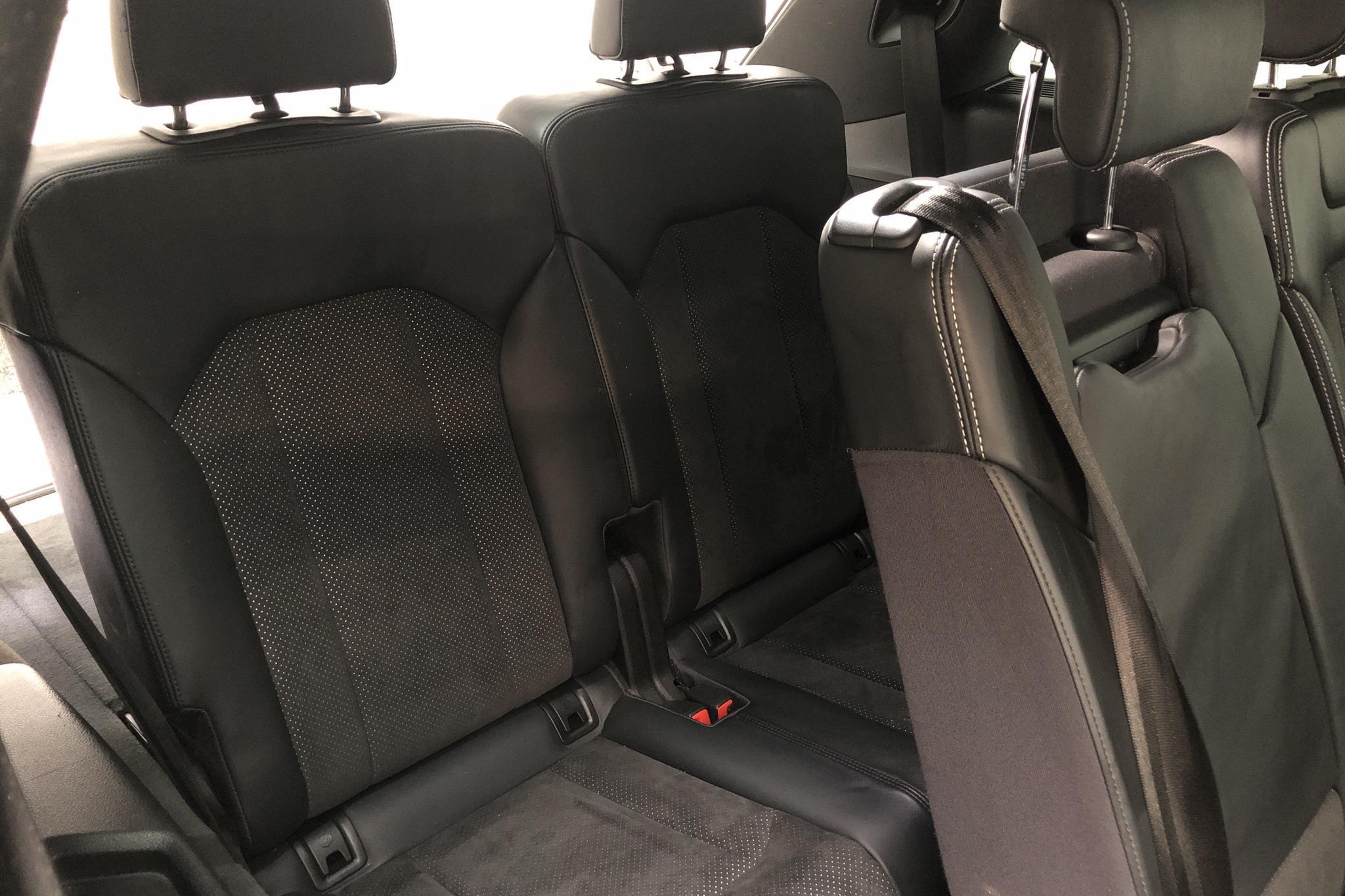 Audi Q7 3.0 TDI quattro (272hk) - 9 912 mil - Automat - vit - 2016