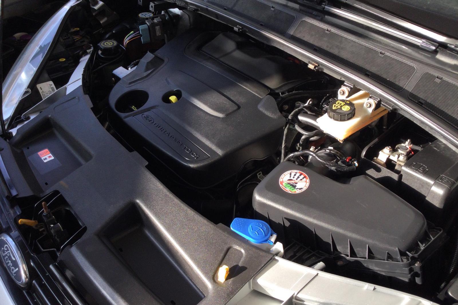 Ford S-MAX 2.0 Duratorq TDCi (140hk) - 20 682 mil - Automat - grå - 2011