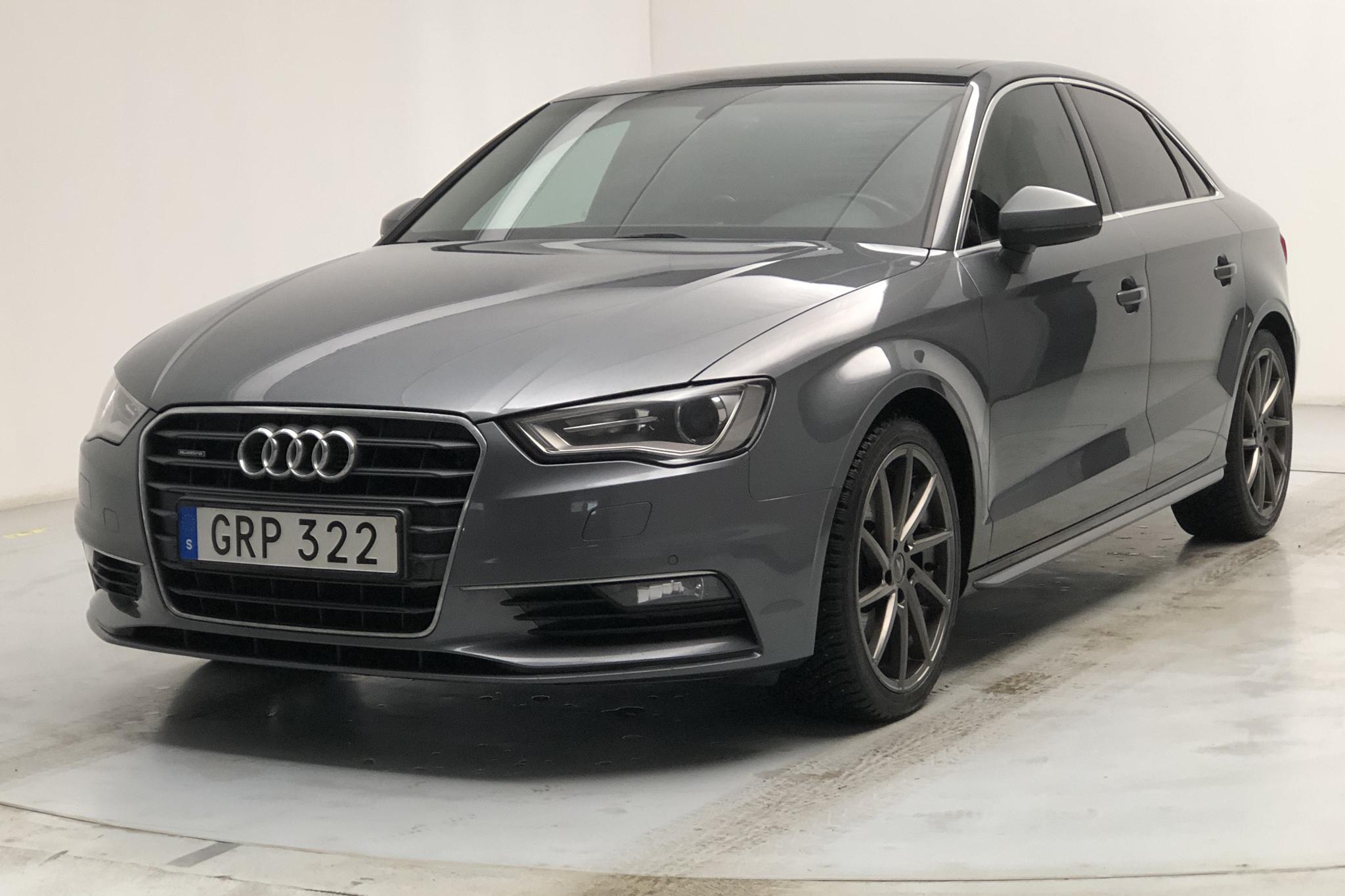 Audi A3 2.0 TDI Sedan quattro (184hk) - 11 668 mil - Automat - grå - 2015