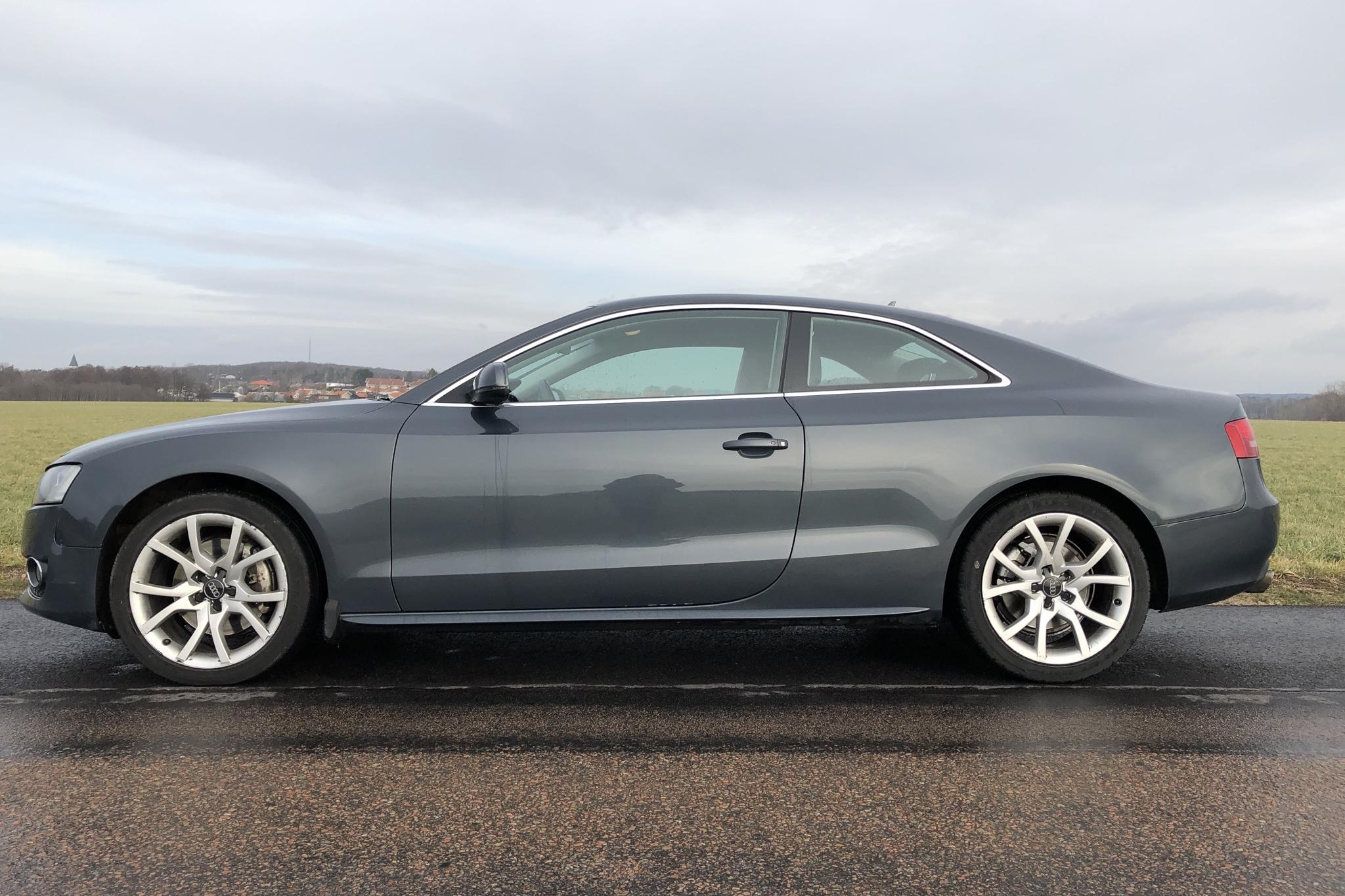 Audi A5 3.0 TDI quattro (240hk) - 21 404 mil - Automat - grå - 2011