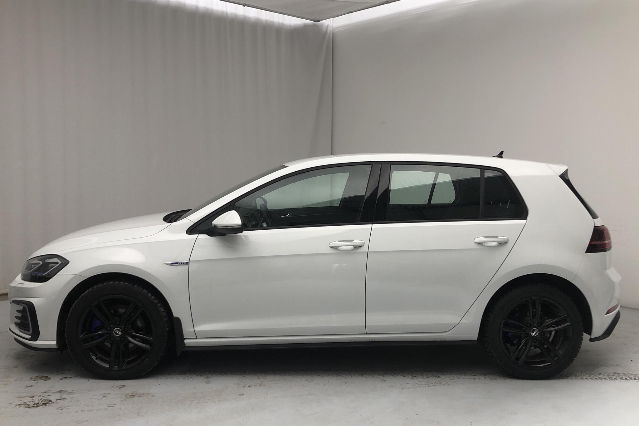 VW Golf VII GTE 5dr (204hk) - 28 970 km - Automatic - white - 2020