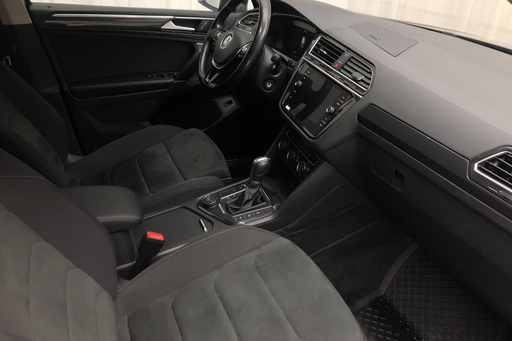 VW Tiguan 2.0 TDI 4MOTION (190hk) - 85 650 km - Automatic - silver - 2018