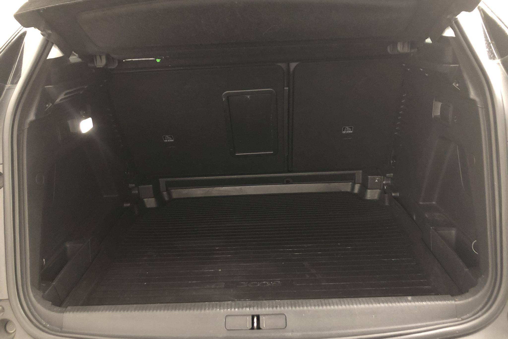 Peugeot 3008 1.6 BlueHDi (120hk) - 68 930 km - Automatic - 2017