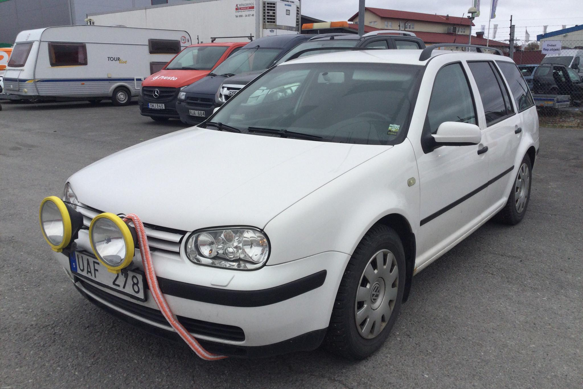 VW Golf IV 1.9 TDI Variant 4-Motion (130hk) - 152 170 km - Manual - white - 2003