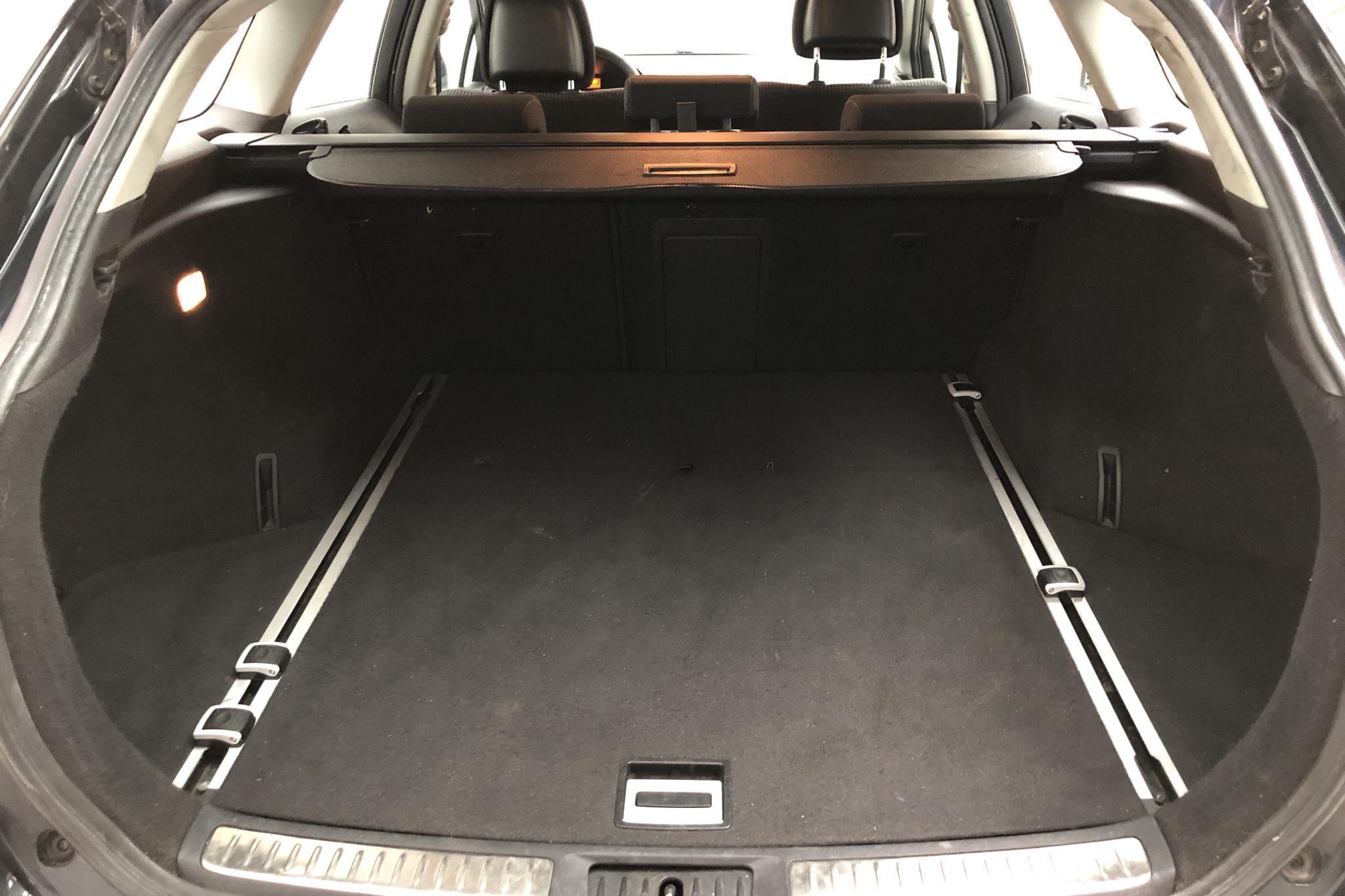 Toyota Avensis 2.0 Kombi (152hk) - 117 730 km - Manual - Dark Blue - 2010