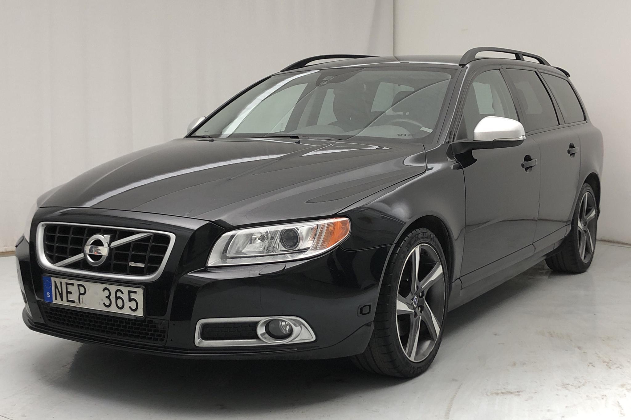 Volvo V70 II T4F (180hk) - 119 300 km - Automatic - black - 2013