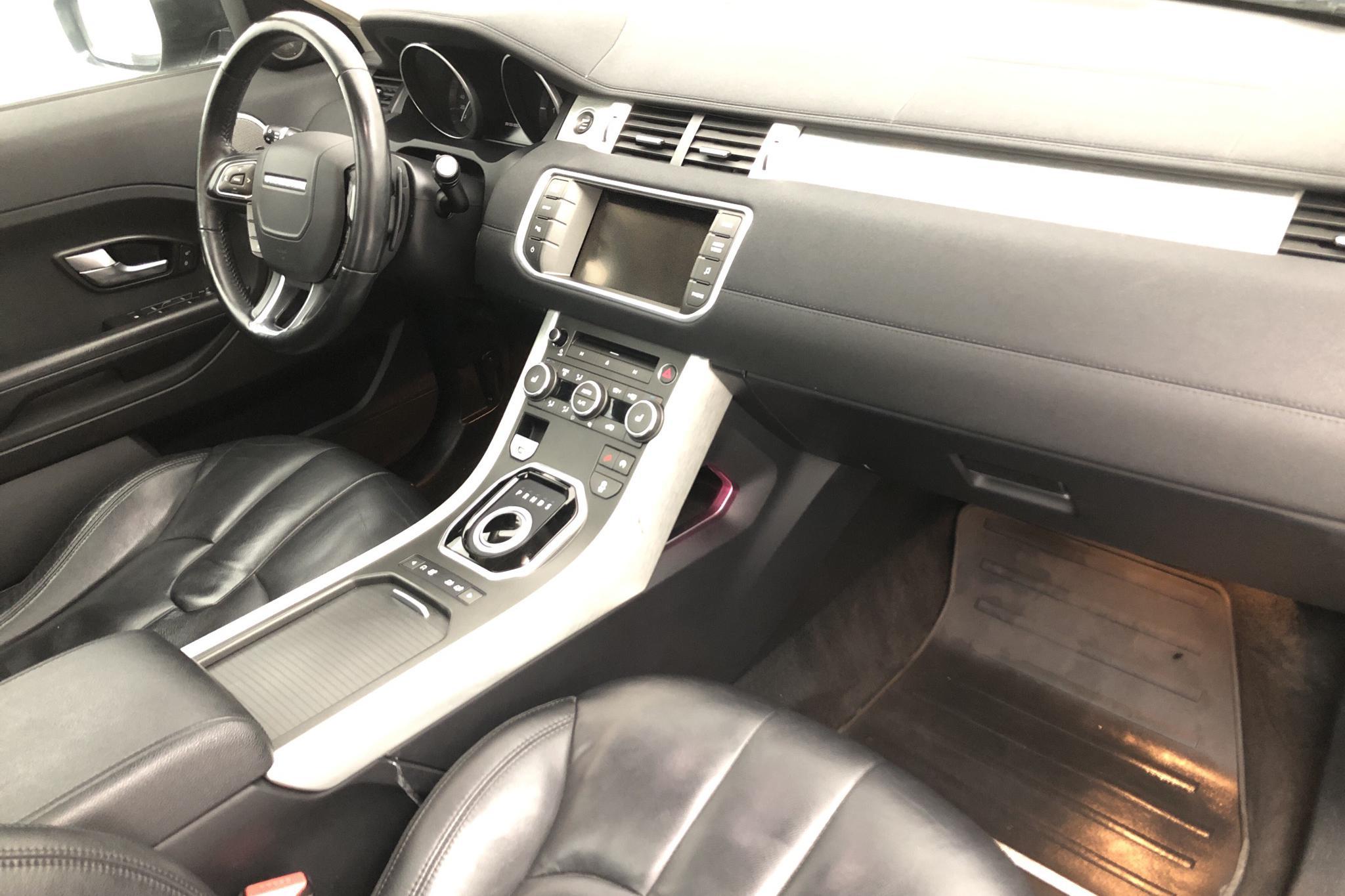 Land Rover Range Rover Evoque 2.2 SD4 5dr (190hk) - 15 734 mil - Automat - svart - 2014