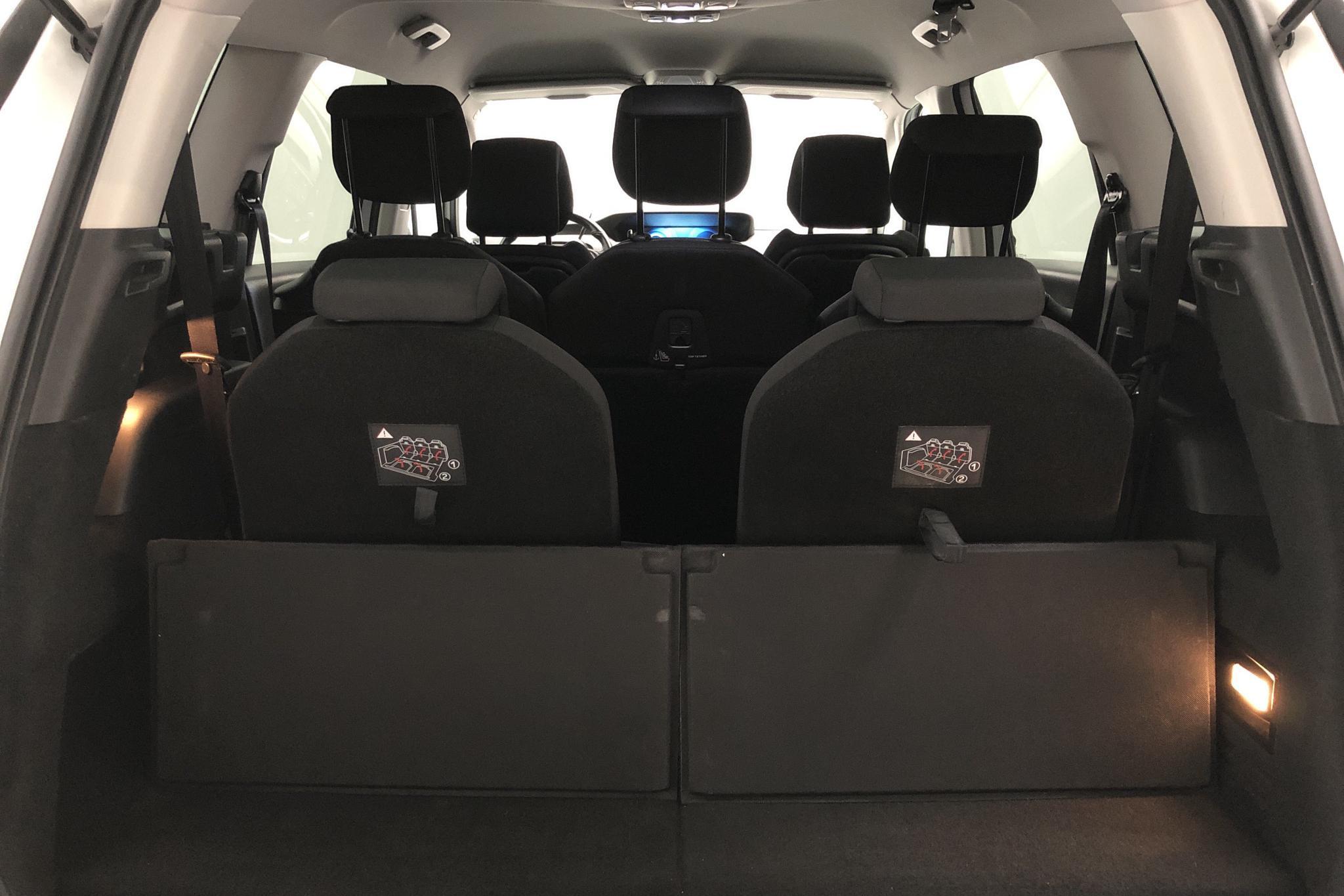 Citroen C4 Grand Picasso BlueHDi (120hk) - 6 920 mil - Automat - vit - 2016