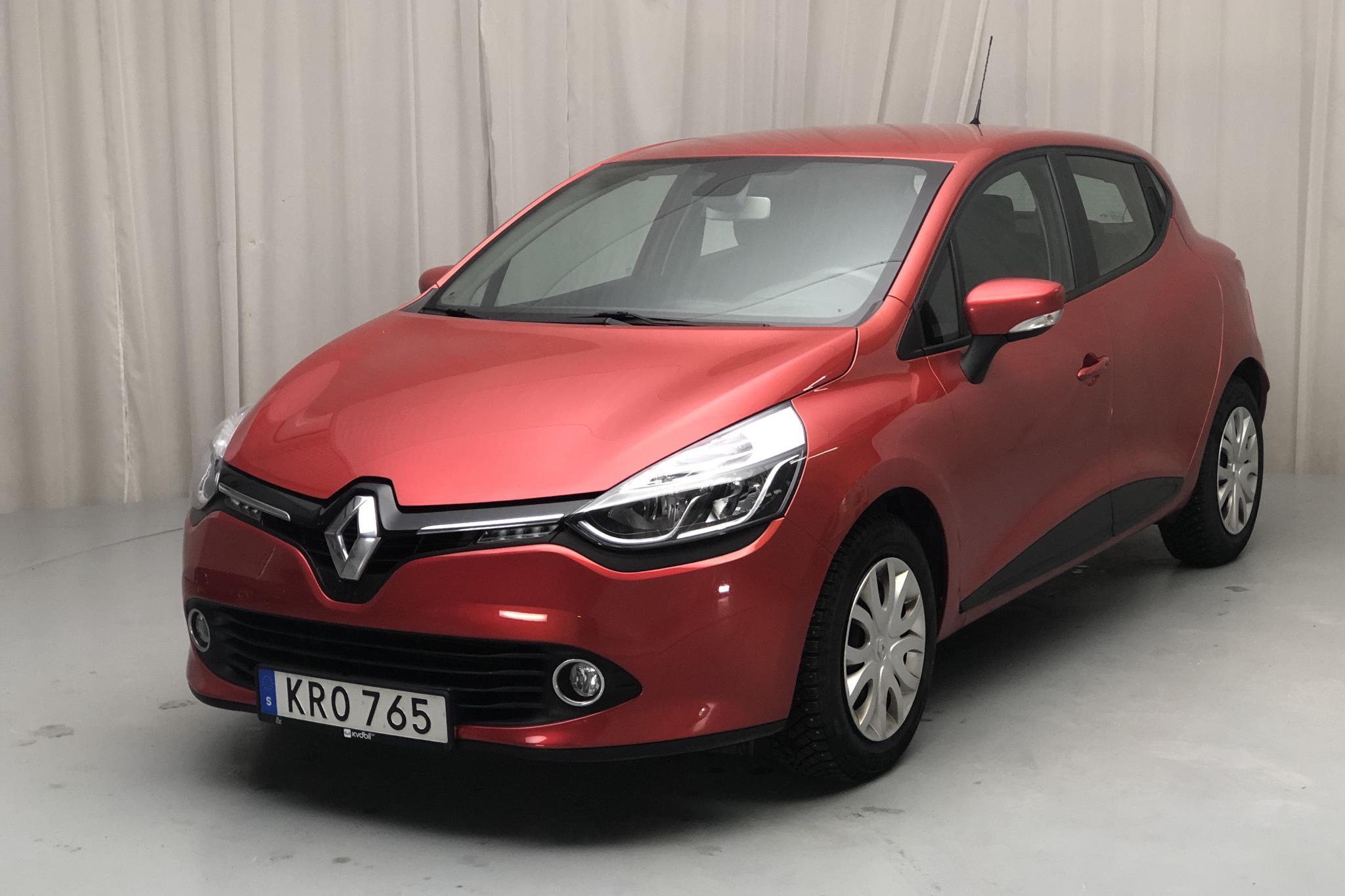 Renault Clio IV 1.2 16V 5dr (75hk) - 6 188 mil - Manuell - röd - 2015