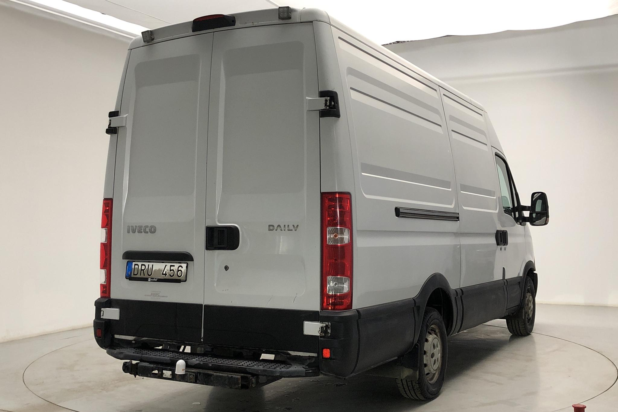 Iveco Daily 35 2.3 HPT (126hk) - 201 010 km - Manual - white - 2013