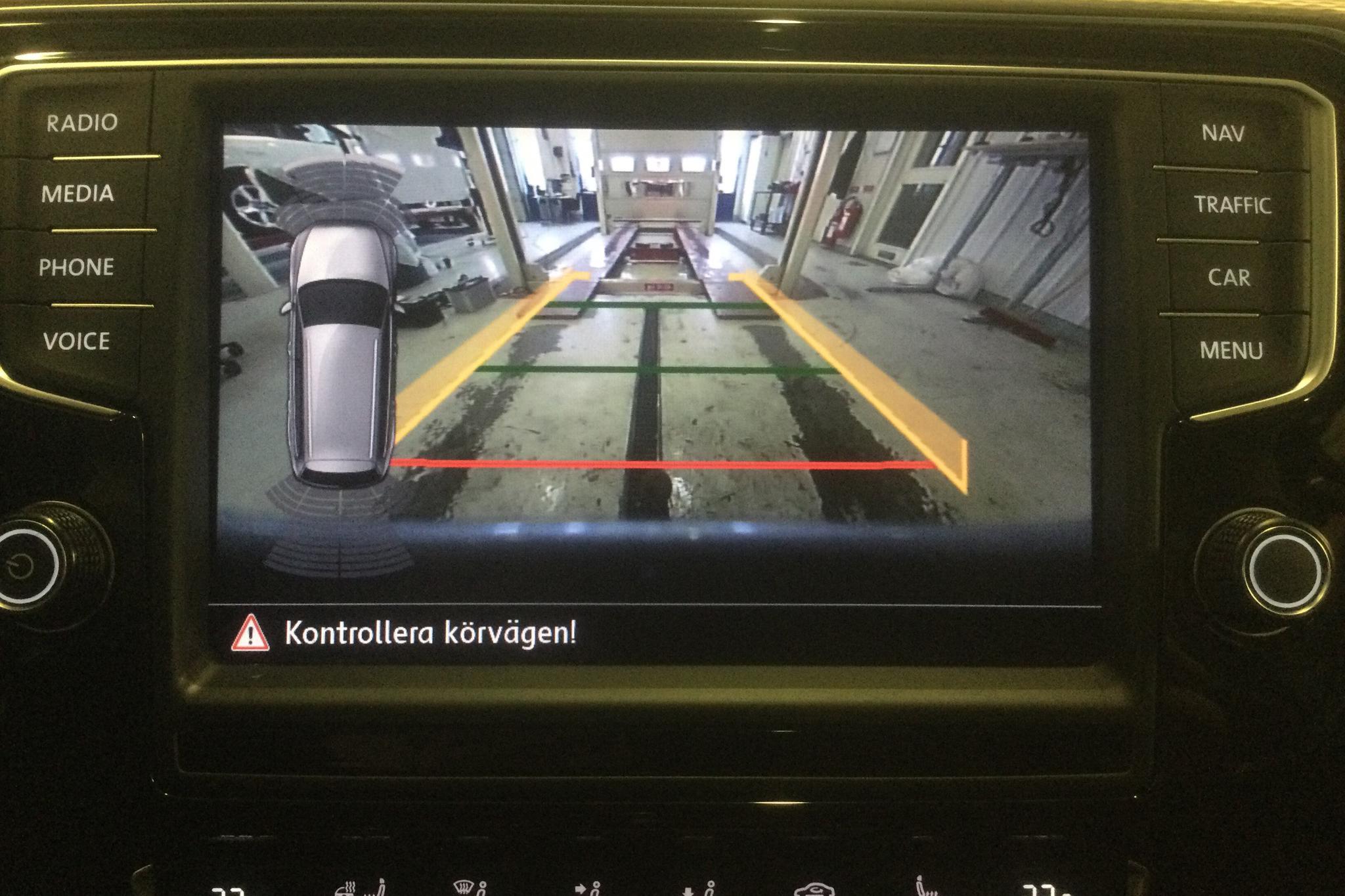 VW Passat Alltrack 2.0 TDI Sportscombi 4MOTION (190hk) - 90 630 km - Automatic - silver - 2016