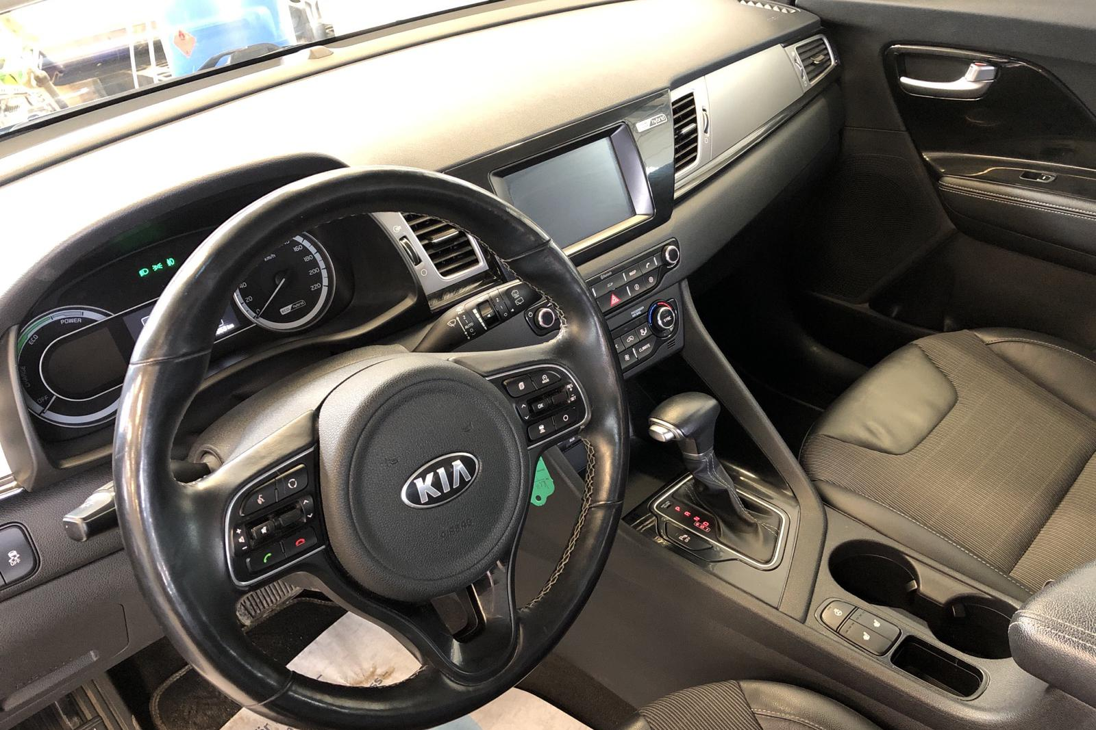 KIA Niro Hybrid 1.6 (141hk) - 80 850 km - Automatic - gray - 2017