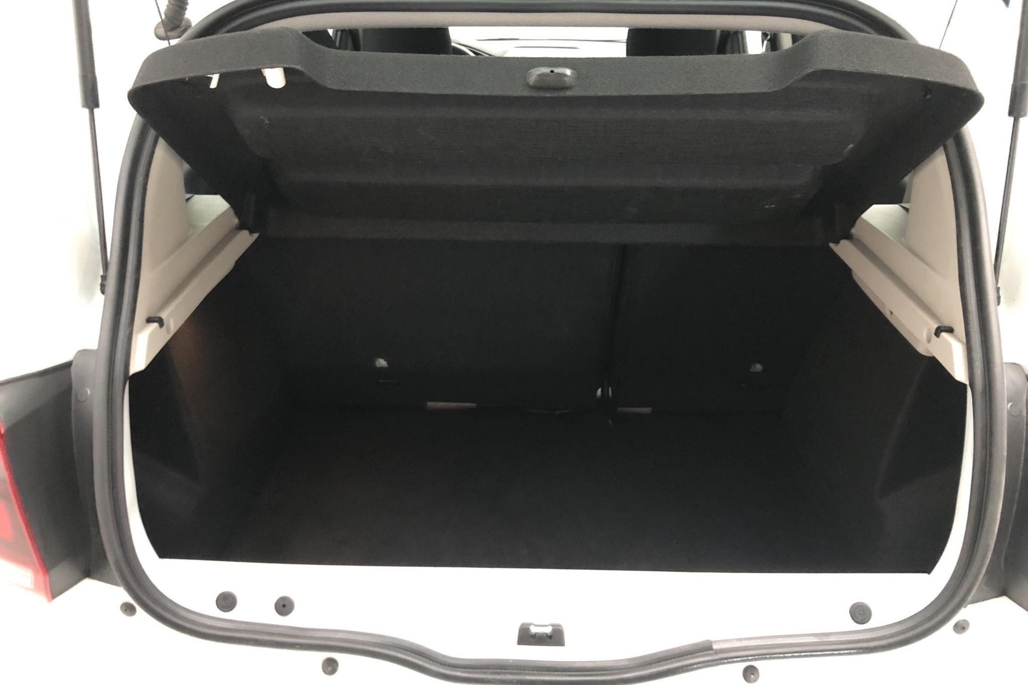 Dacia Sandero 0.9 TCe (90hk) - 3 238 mil - Automat - vit - 2018