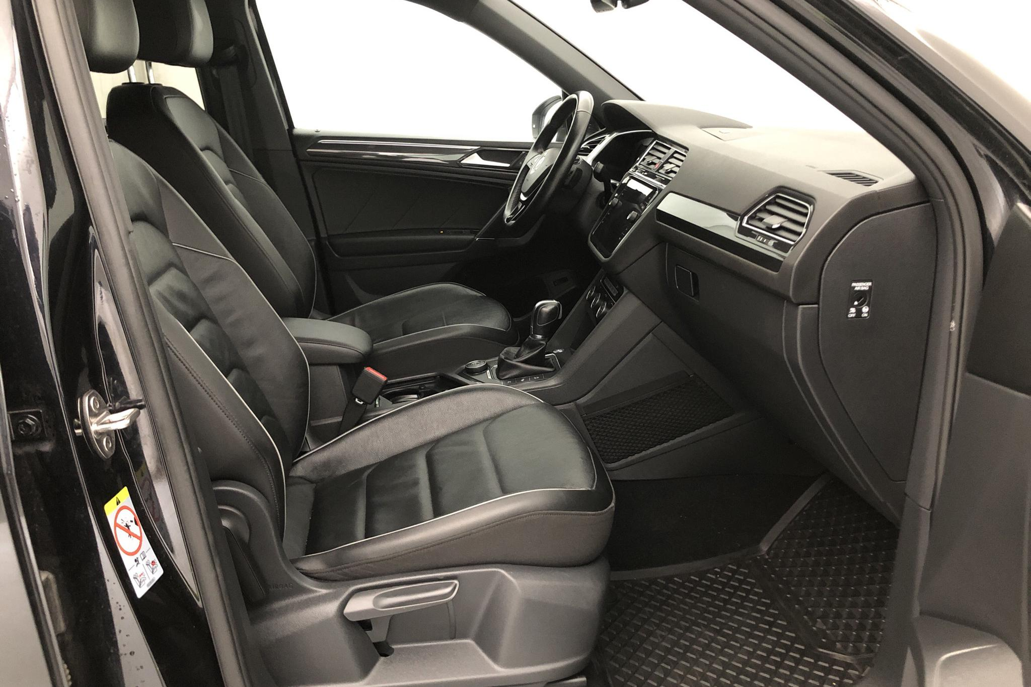 VW Tiguan Allspace 2.0 TDI 4MOTION (190hk) - 5 996 mil - Automat - svart - 2018