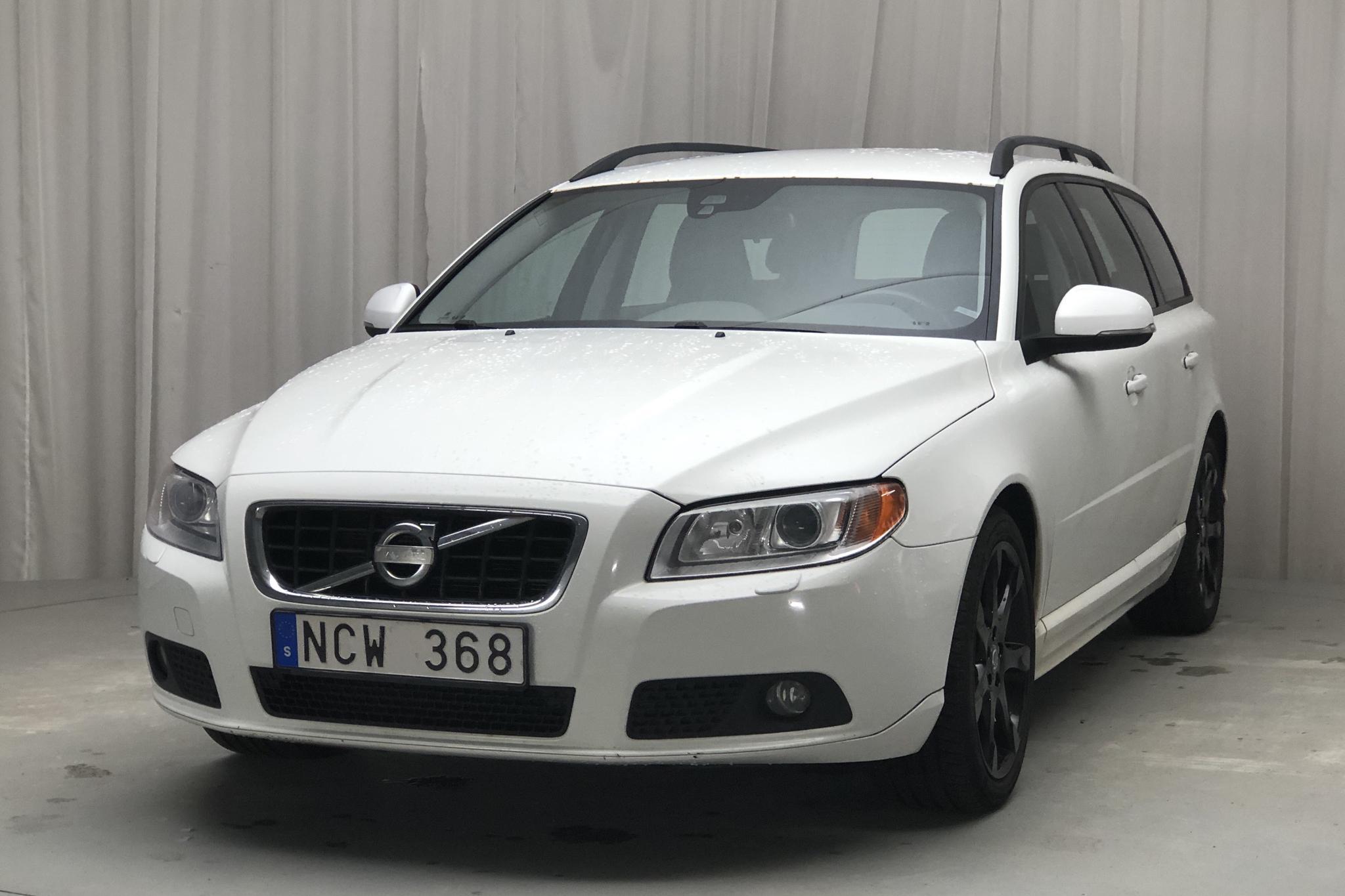 Volvo V70 II T4 (180hk) - 18 983 mil - Manuell - vit - 2013