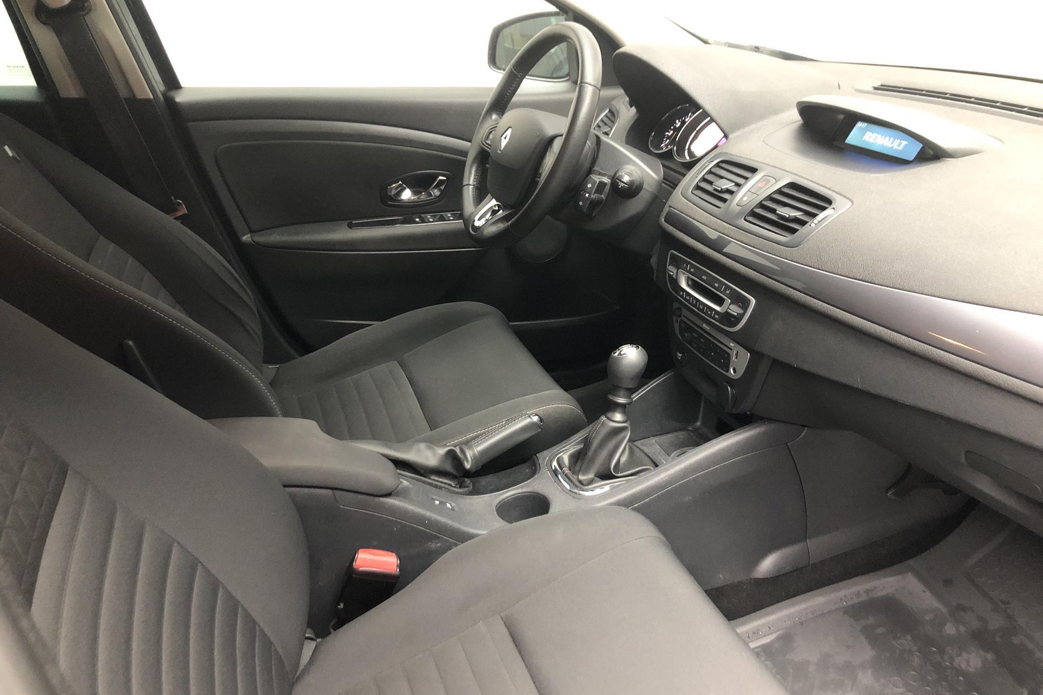 Renault Mégane Phas III 1.5 dCi 5dr (110hk) - 22 228 mil - Manuell - 2015