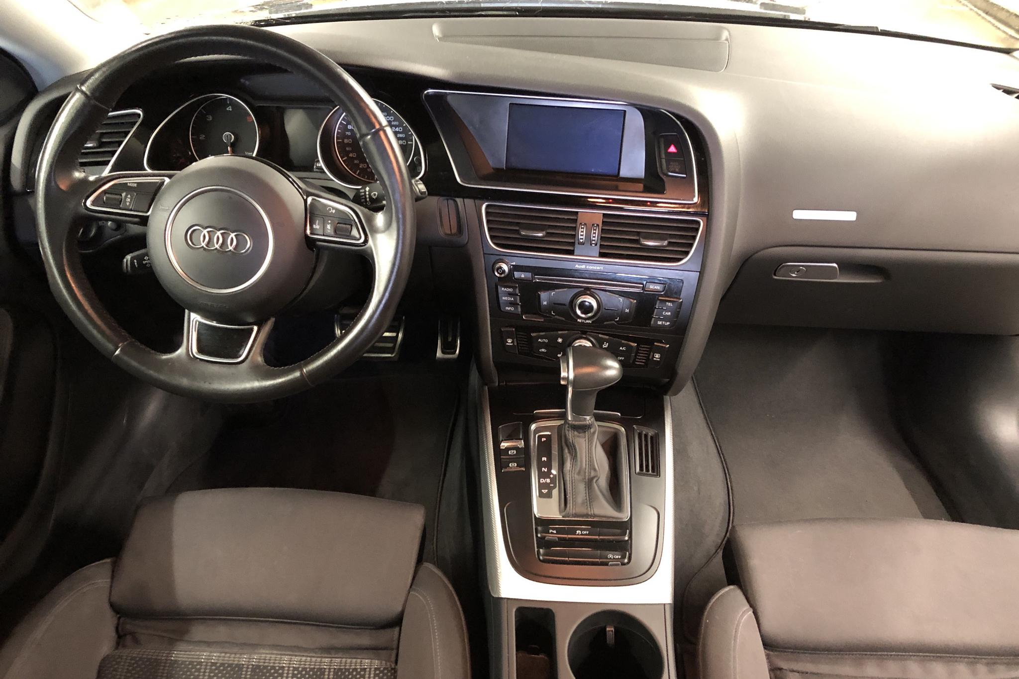 Audi A5 2.0 TDI Clean diesel Sportback quattro (190hk) - 189 560 km - Automatic - black - 2016