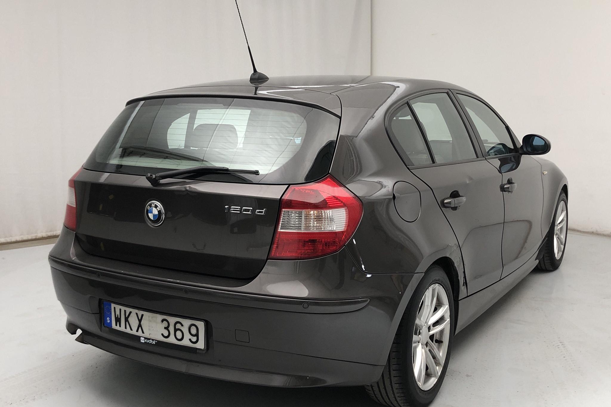 BMW 120d 5dr, E87 (163hk) - 12 498 mil - Automat - brun - 2005