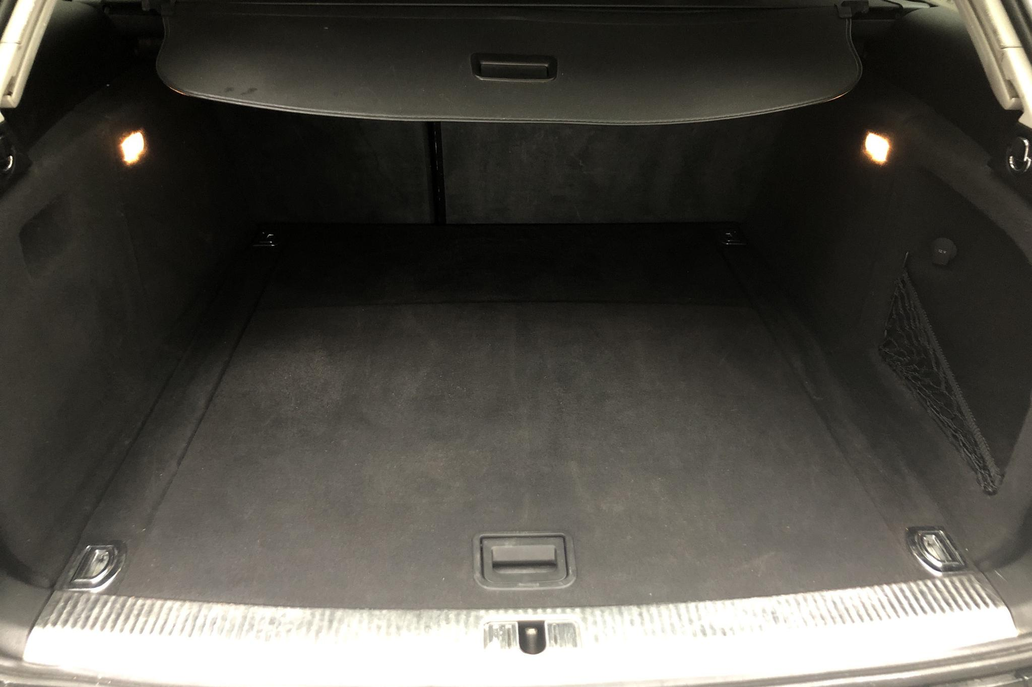 Audi A4 2.0 TDI Avant quattro (170hk) - 21 987 mil - Manuell - svart - 2012