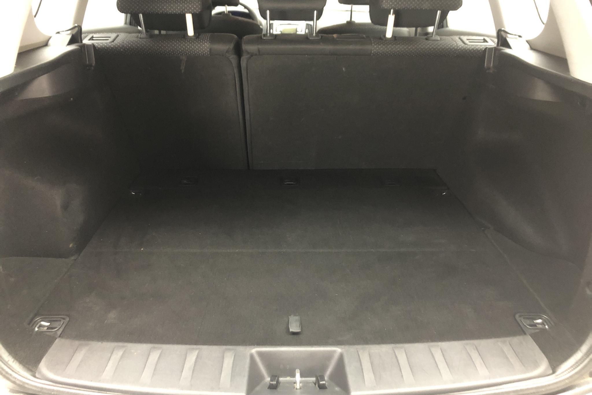 Hyundai i30 1.6 CRDi Kombi (90hk) - 161 230 km - Manual - gray - 2011
