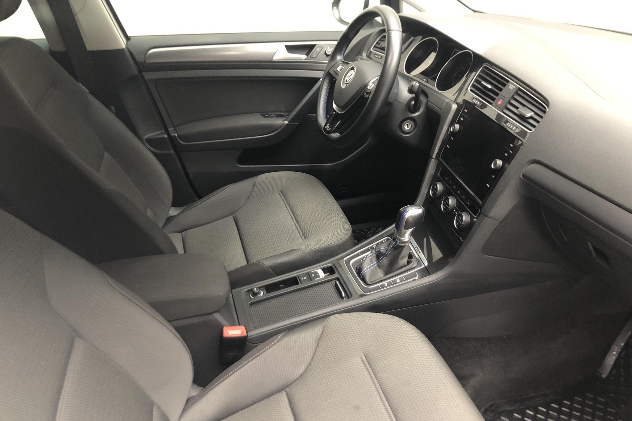 VW e-Golf VII 5dr (136hk) - 3 760 mil - Automat - vit - 2019