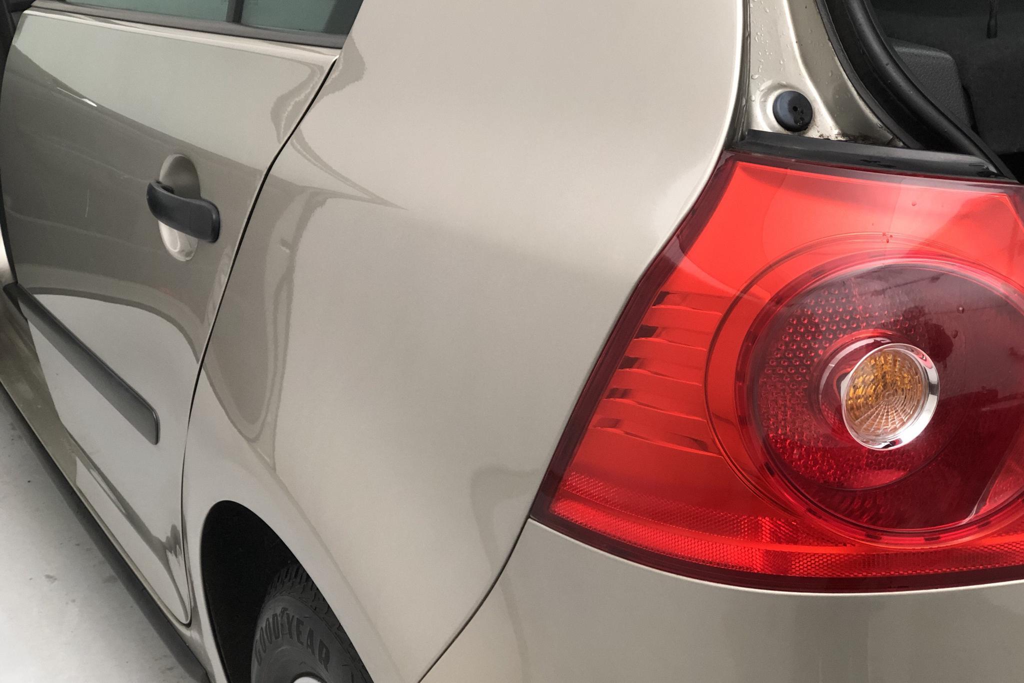 VW Golf A5 1.6 5dr (102hk) - 92 260 km - Manual - Light Brown - 2005