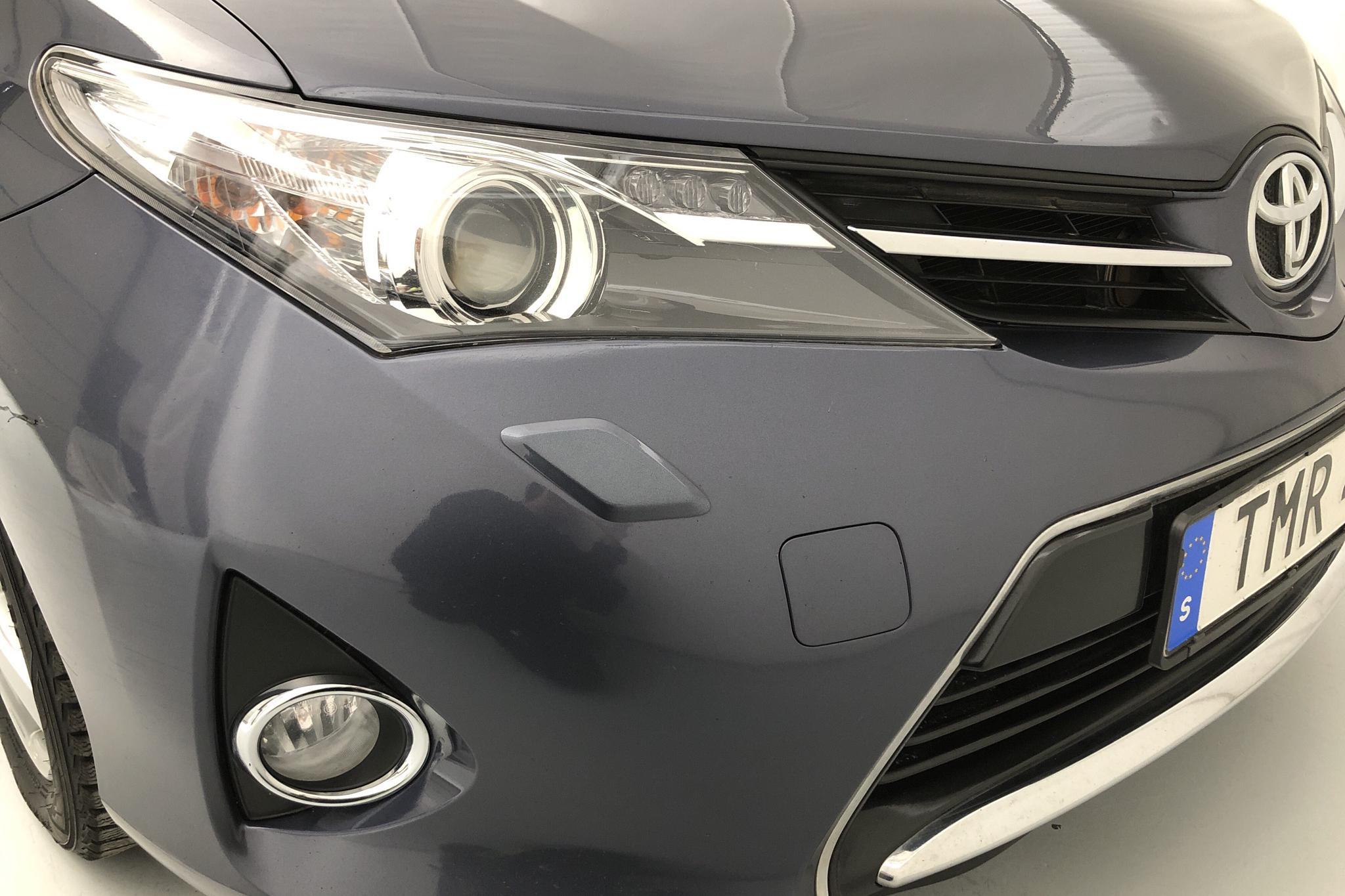 Toyota Auris 1.6 Valvematic 5dr (132hk) - 18 295 mil - Manuell - Dark Blue - 2015