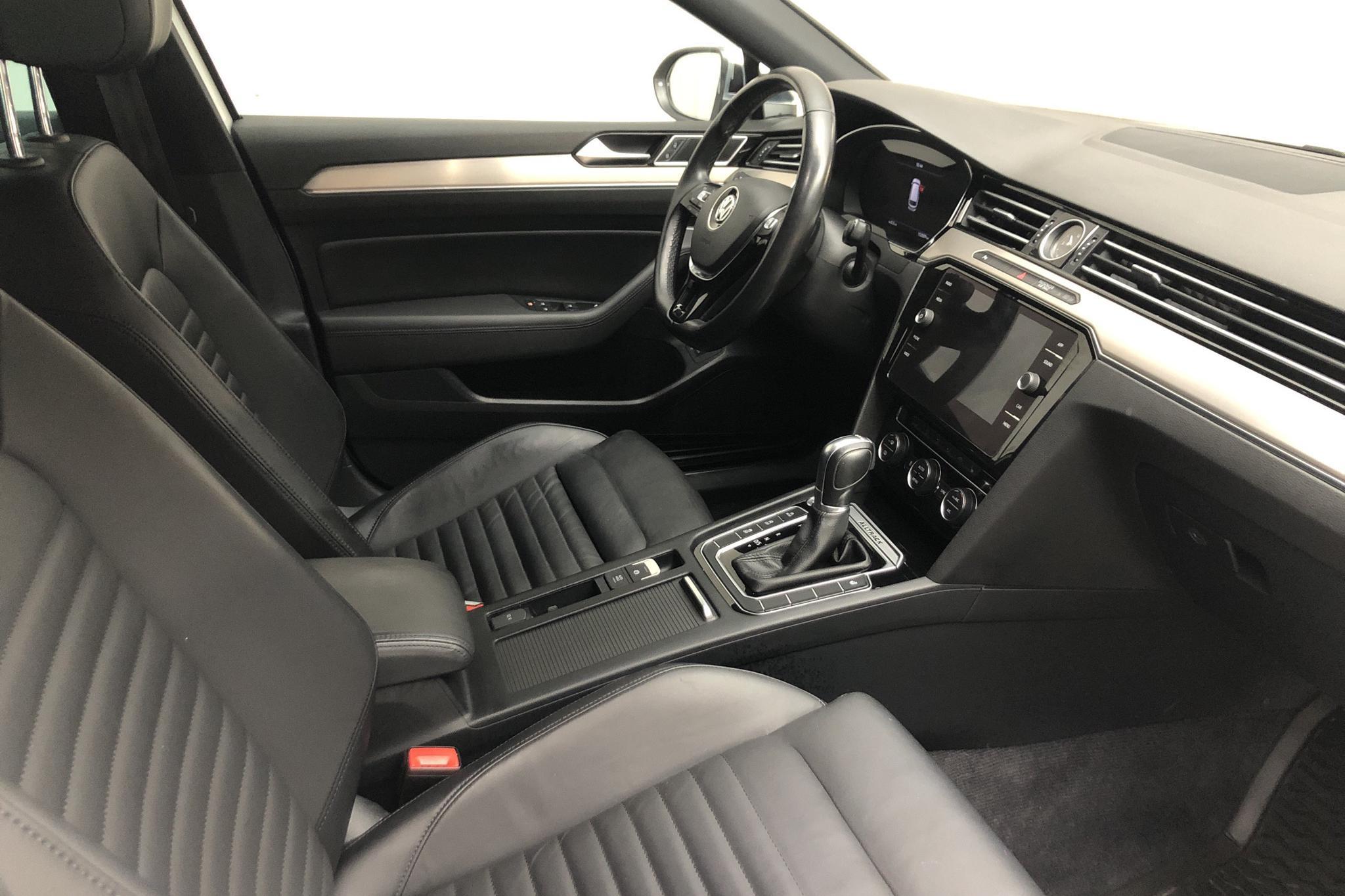 VW Passat Alltrack 2.0 TDI Sportscombi 4MOTION (190hk) - 15 200 mil - Automat - vit - 2018