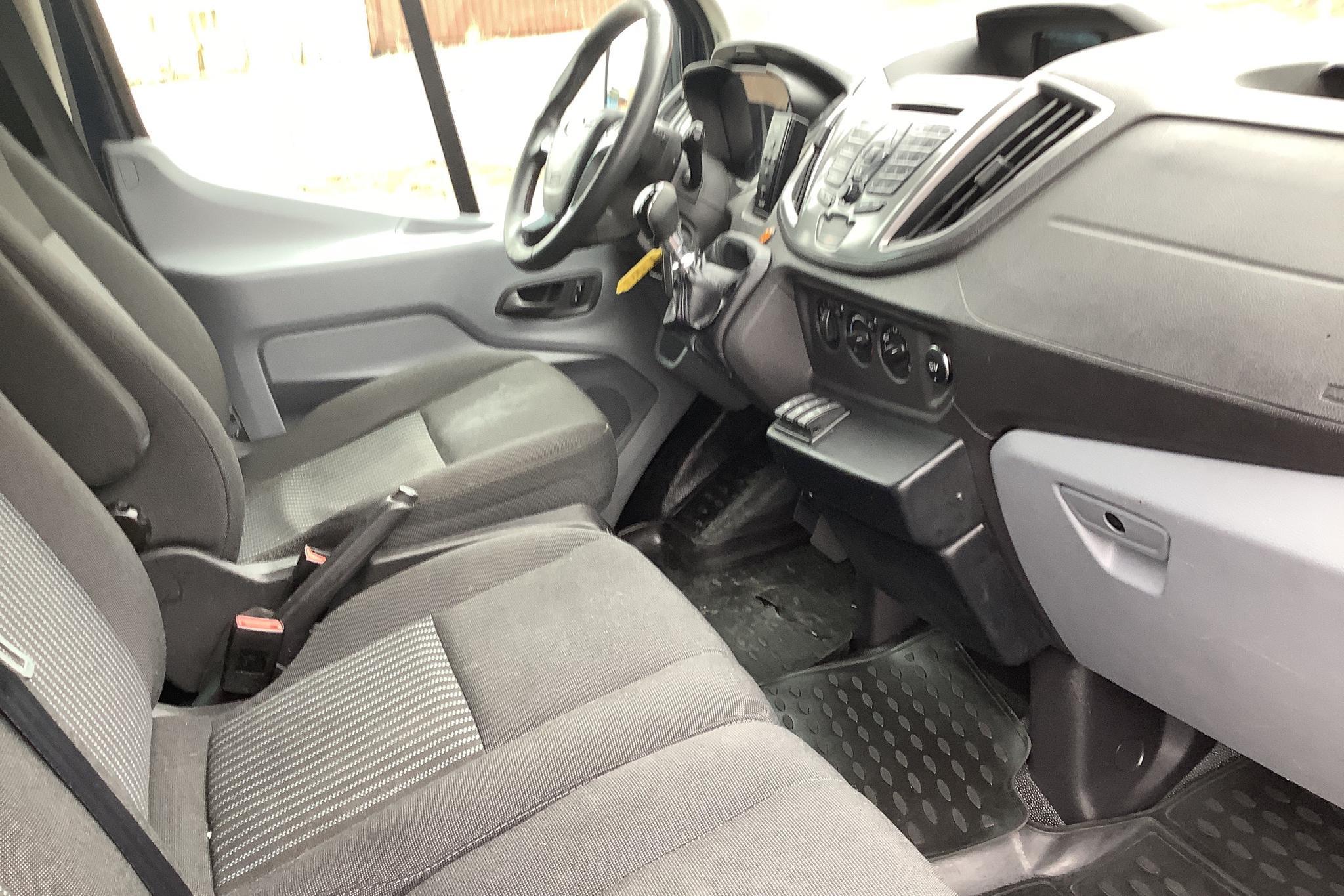 Ford Transit 350 2.2 TDCi Skåp 2WD (125hk) - 35 771 mil - Manuell - Dark Blue - 2015