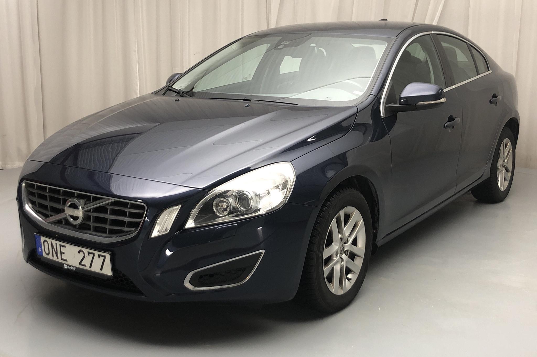 Volvo S60 D4 (163hk) - 9 517 mil - Automat - blå - 2013